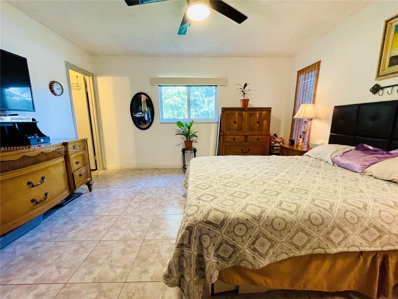7221 Cody St, Hollywood, Florida image 13