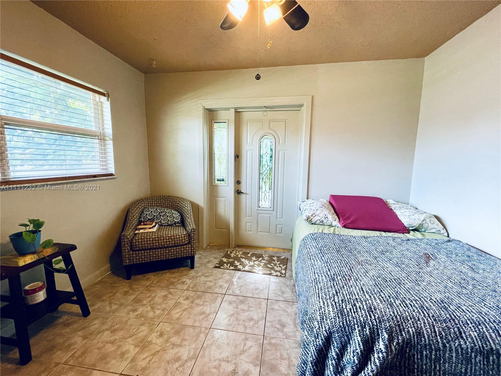 7221 Cody St, Hollywood, Florida image 10