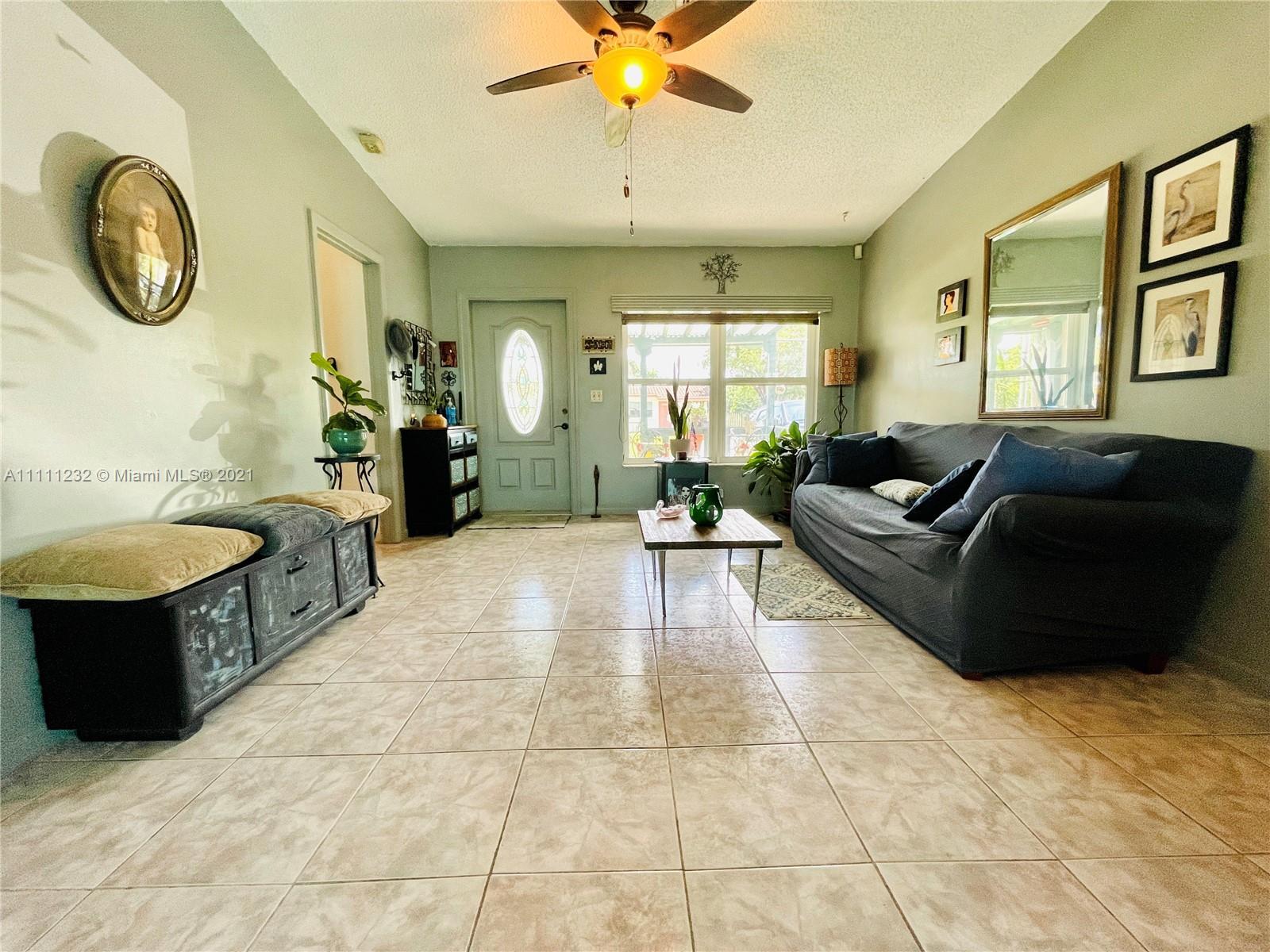 7221 Cody St, Hollywood, Florida image 32
