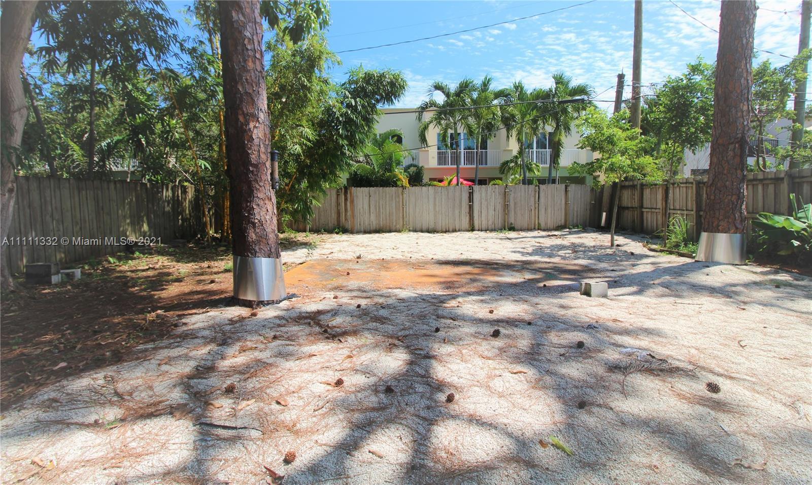 1112 NE 11th Ave, Fort Lauderdale, Florida image 11