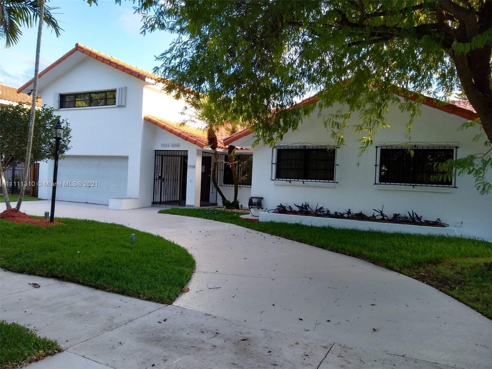 8910 SW 159th Ter  For Sale A11111310, FL