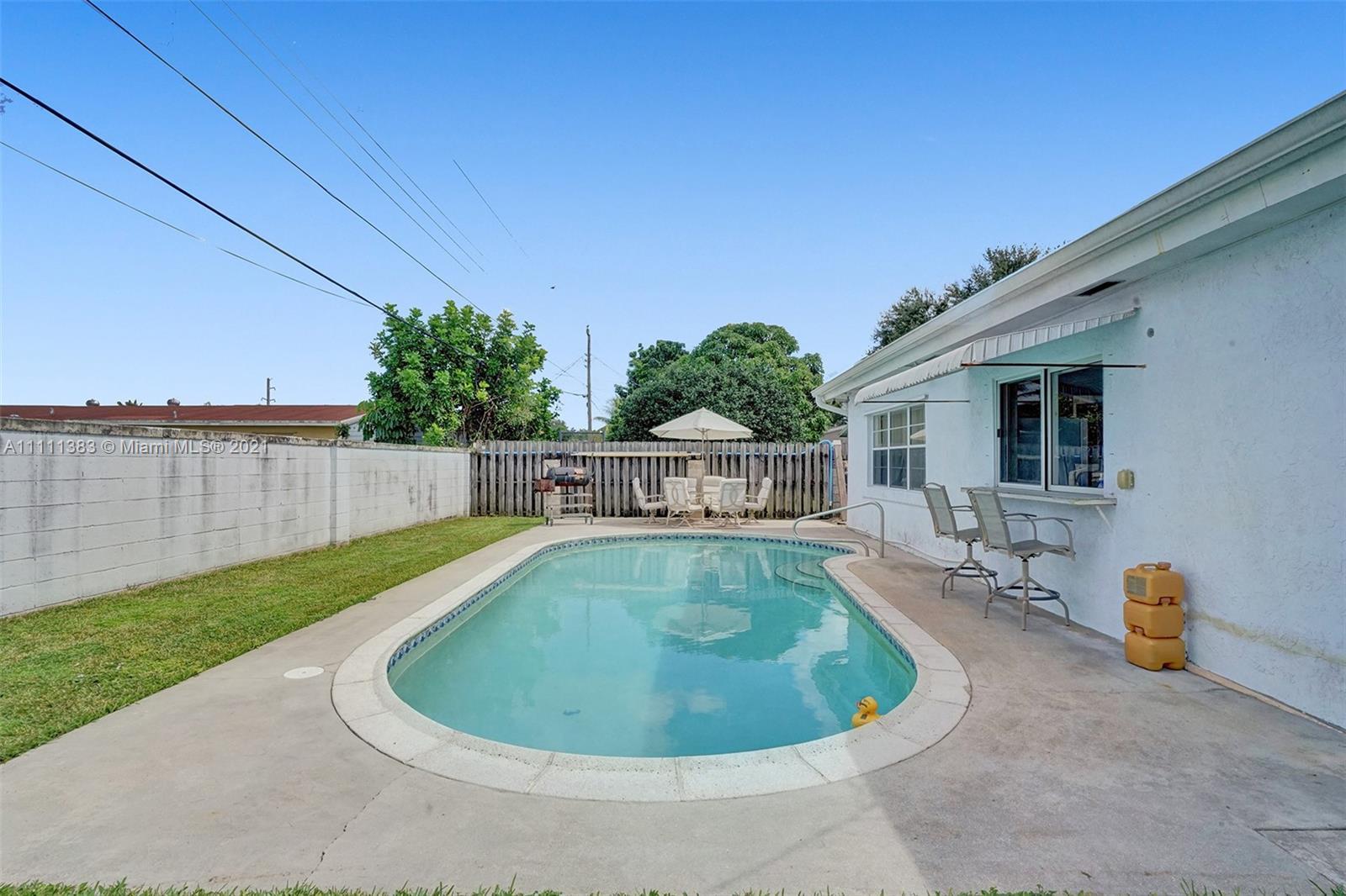 6461 Harding St, Hollywood, Florida image 6