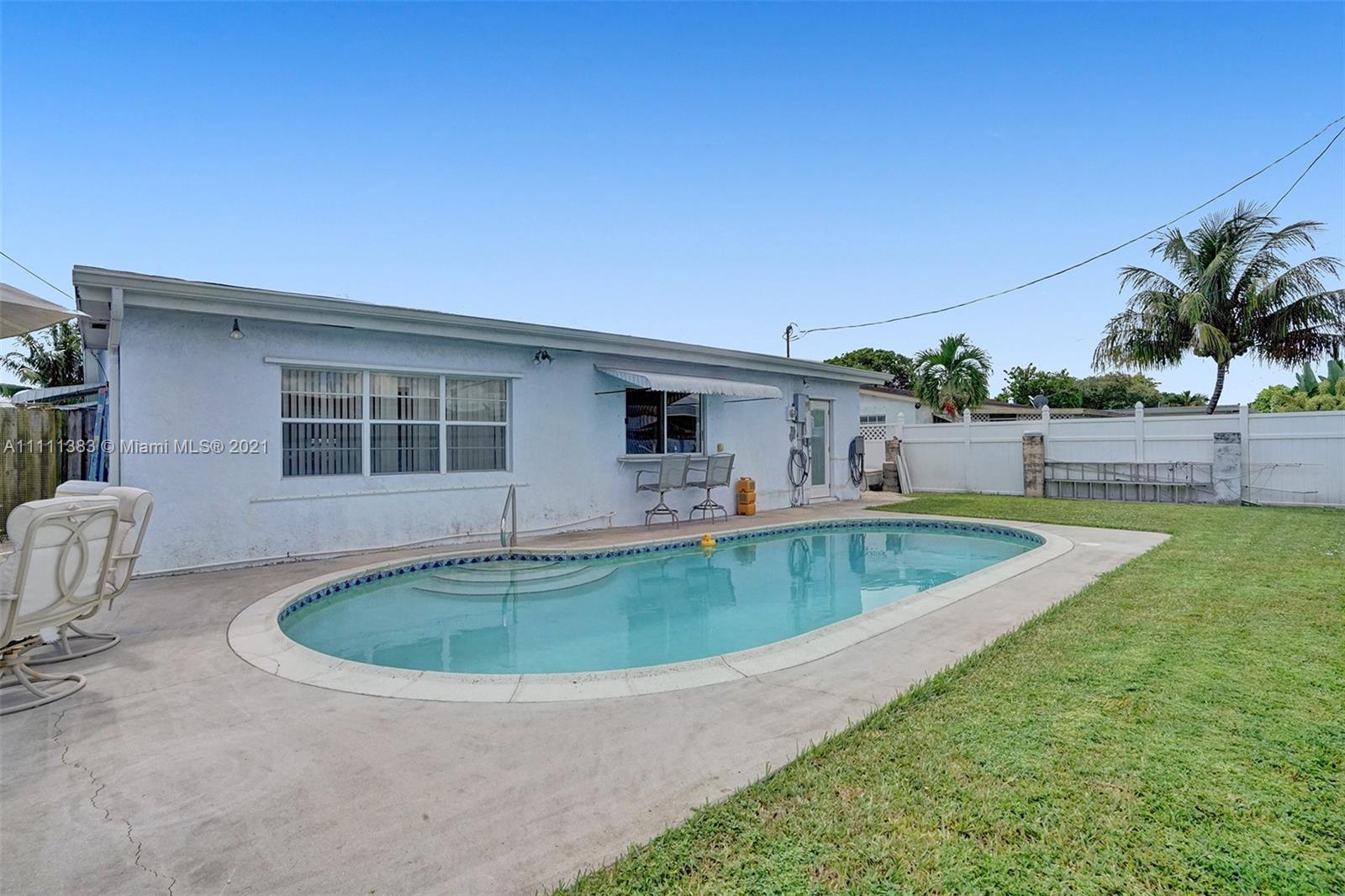 6461 Harding St, Hollywood, Florida image 3
