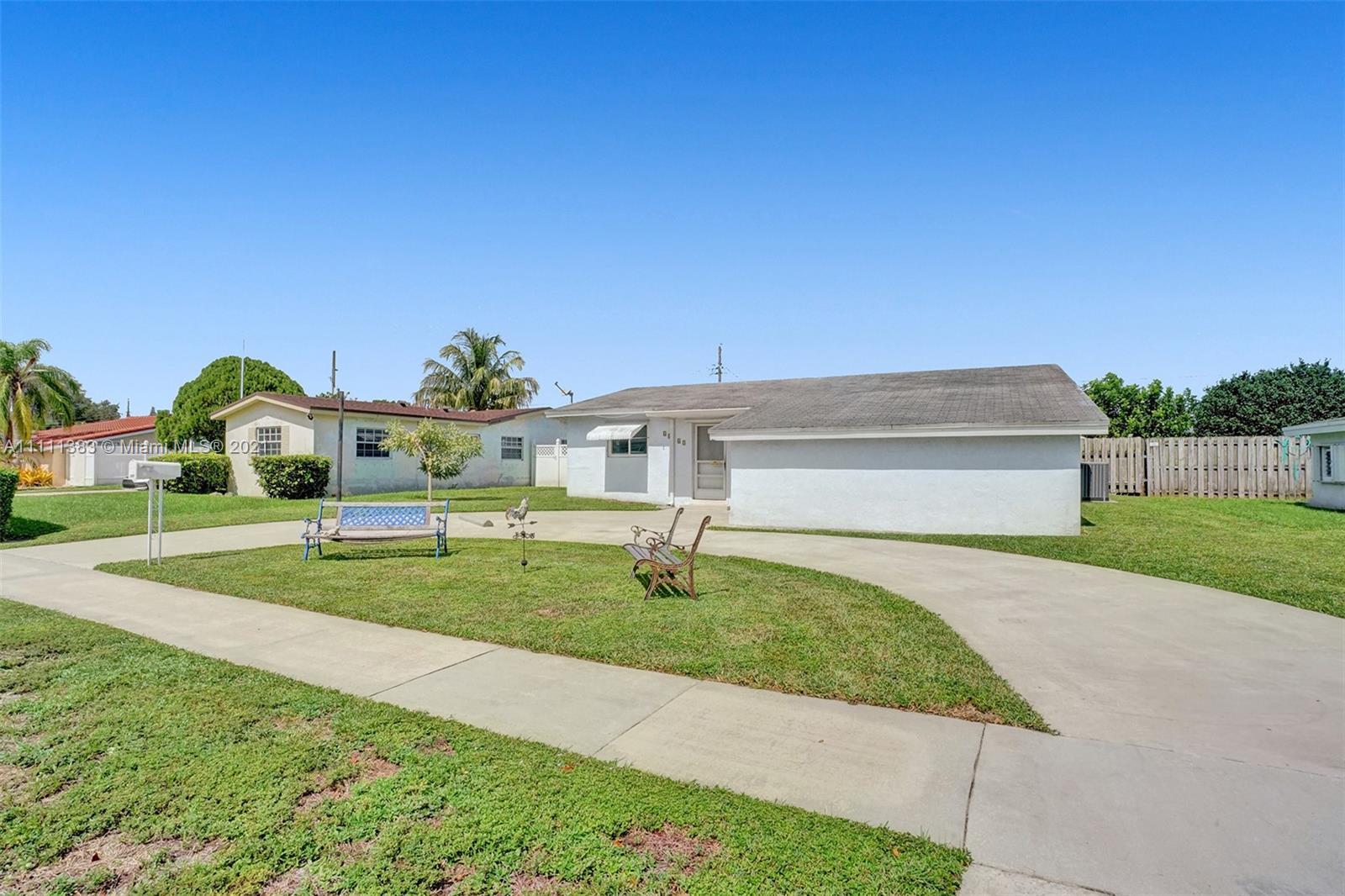 6461 Harding St, Hollywood, Florida image 38