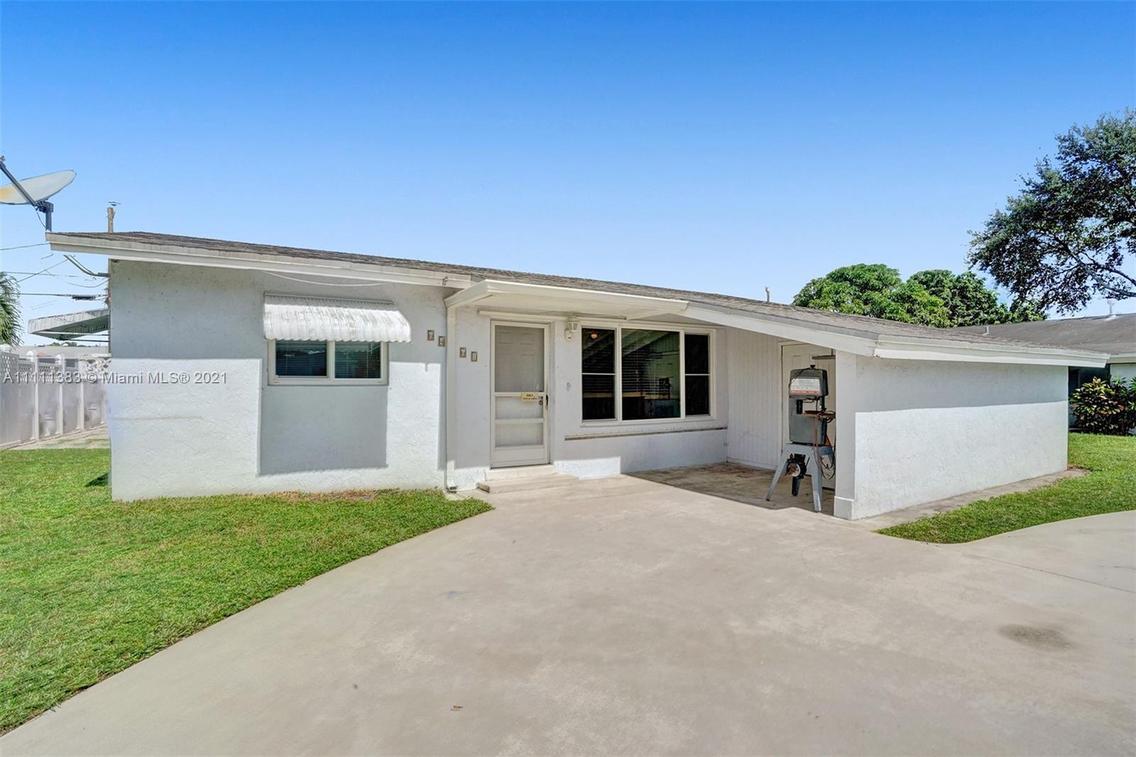 6461 Harding St, Hollywood, Florida image 37