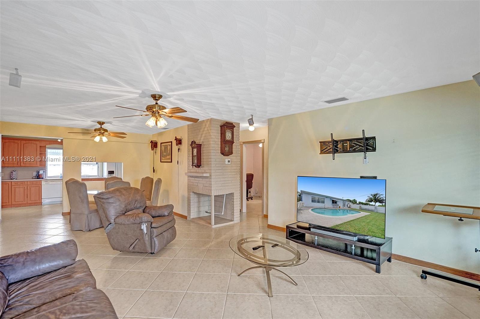 6461 Harding St, Hollywood, Florida image 36