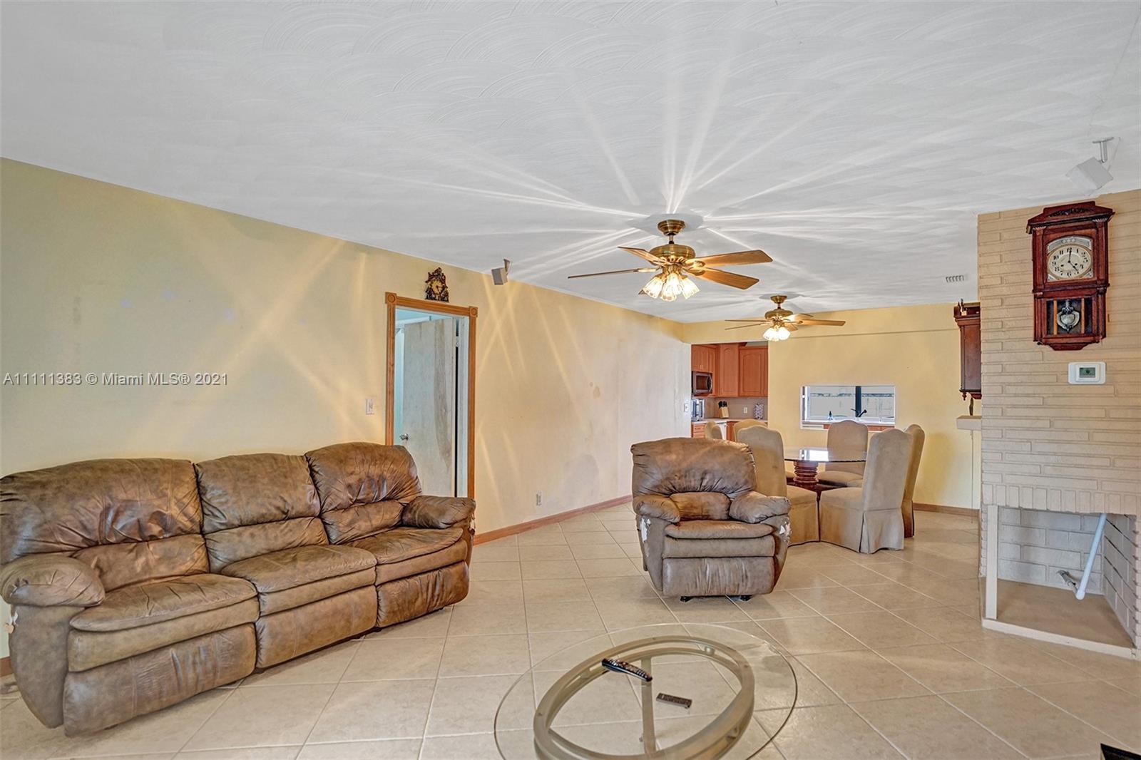 6461 Harding St, Hollywood, Florida image 34
