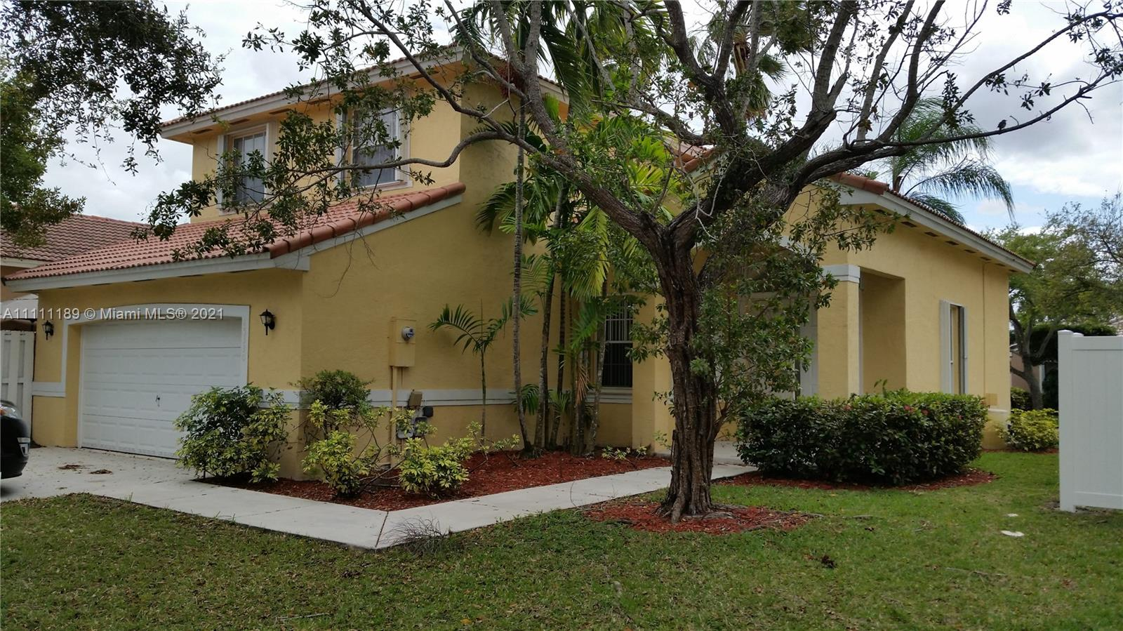 15330 SW 50th St  For Sale A11111189, FL