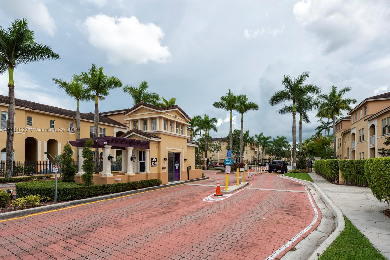 4425 SW 160th Ave #207 For Sale A11111033, FL