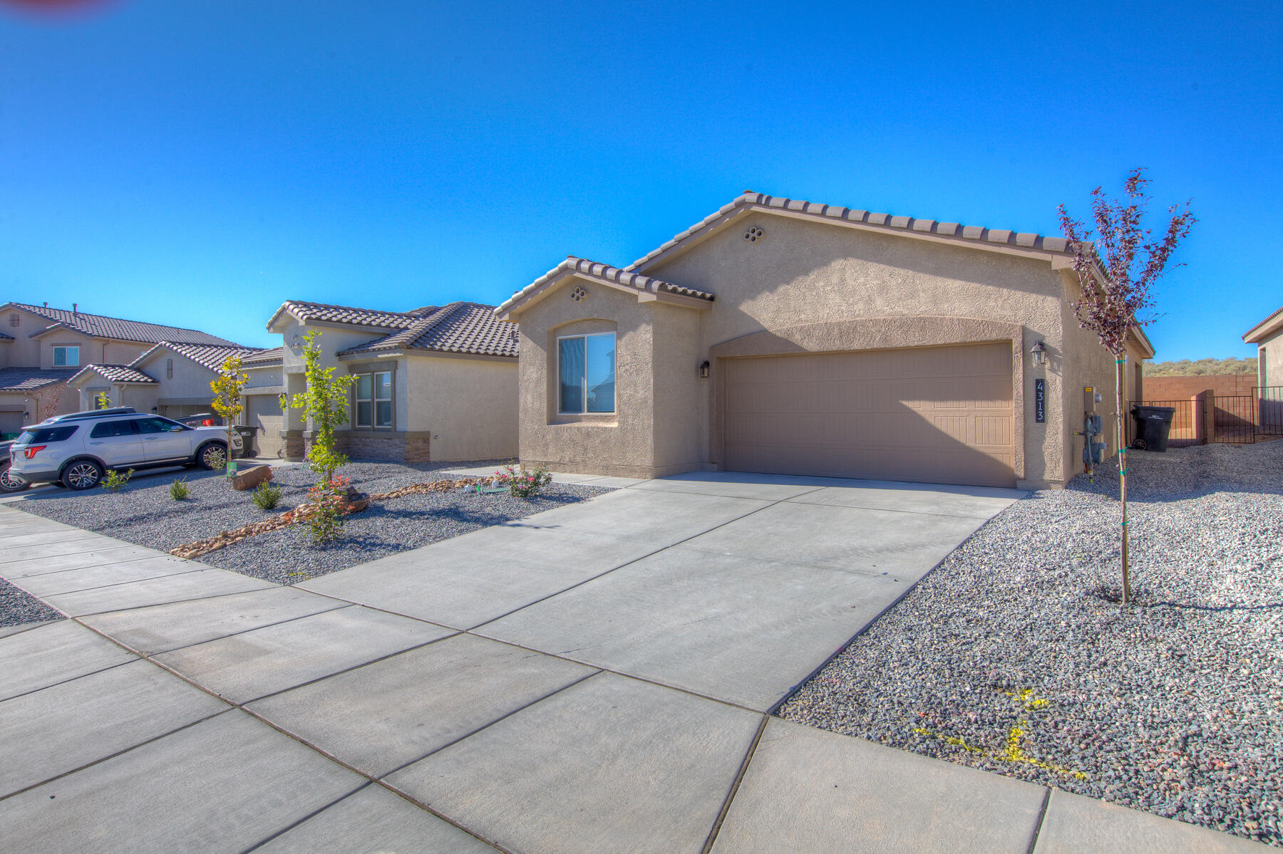 Like new seller must move enjoy this recently built single story home.