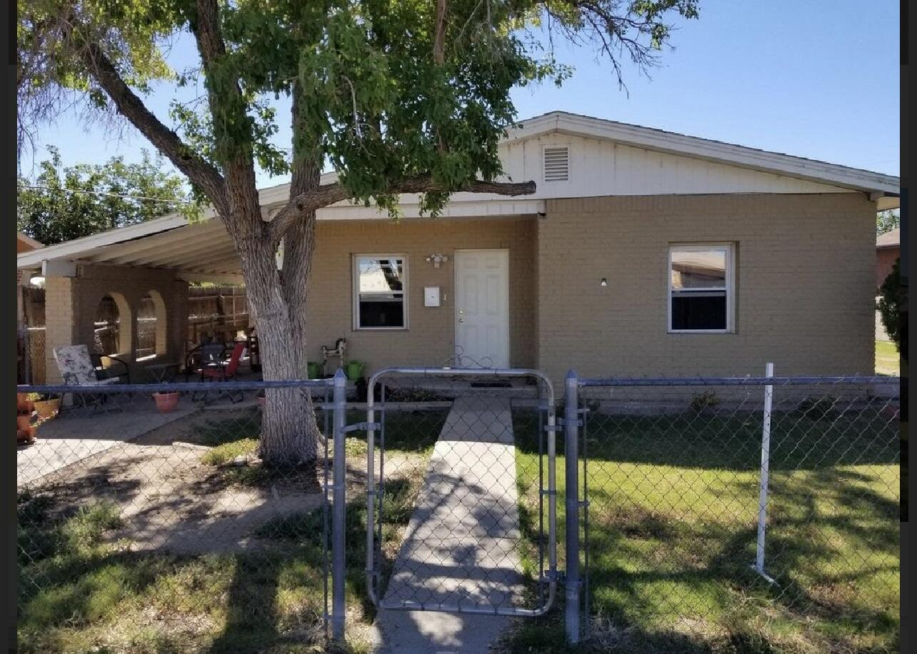 Great starter home near downtown Belen. 3 bed, 2 bath, tankless water heater, refrigerated air, and updates throughout.