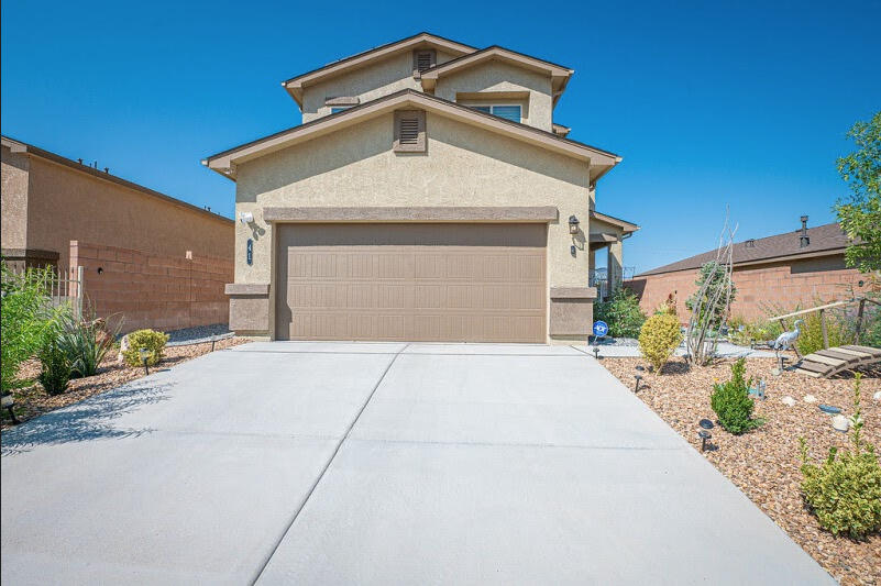 Beautiful updated 3 bedroom house in the Eastland Hills Neighborhood. This home has great features including high energy efficient mechanicals, outstanding backyard pergola, energy efficient solar panel upgrades, and beautiful landscaping. Estimated $50k in Upgrades since newly built in 2020! This home is an absolute steal.