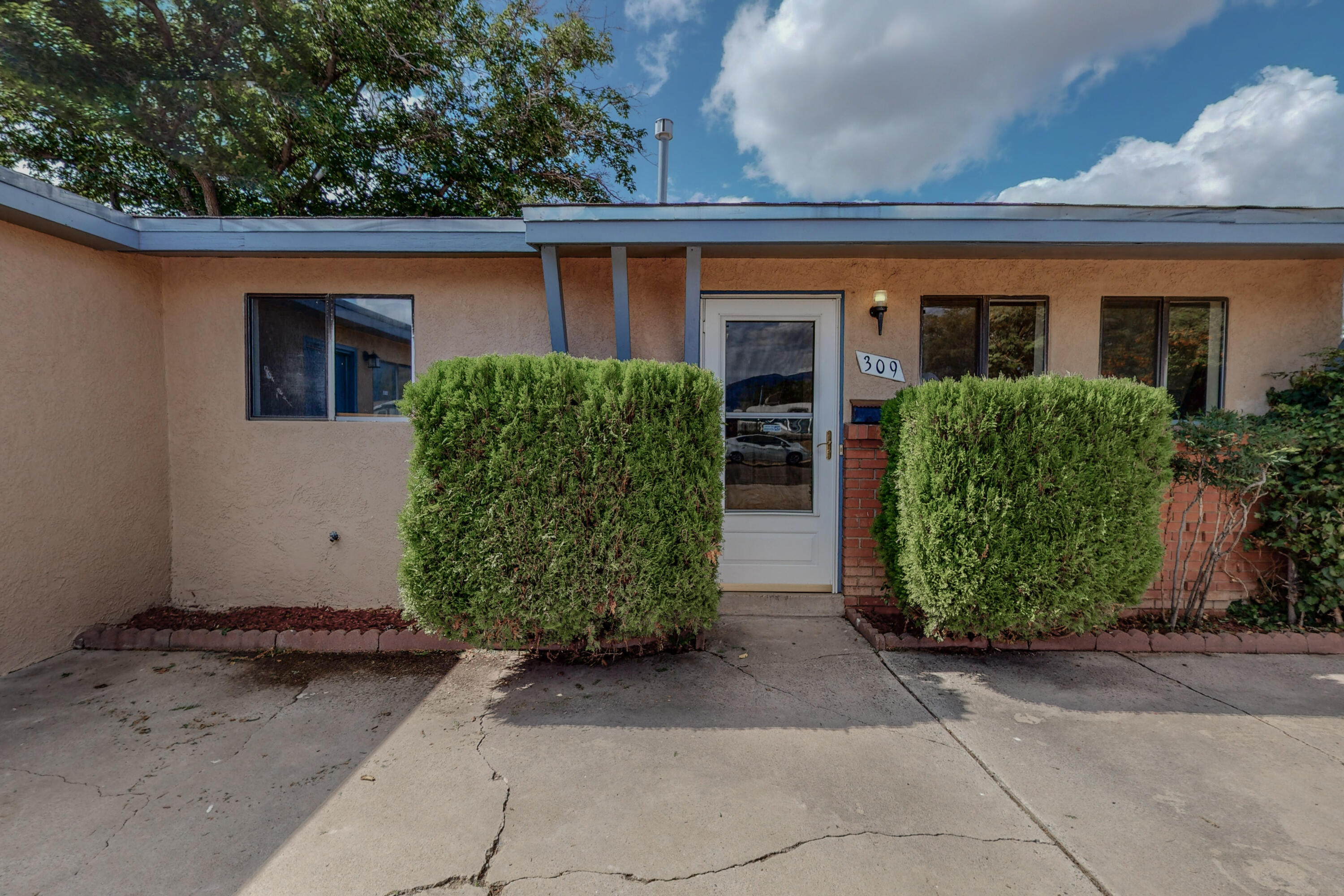 Come check out this 2151 SF Home with 4 Bedrooms, possible 5 Bedrooms or a huge office 21' x 14'. Two Living areas. The Huge 18'' x 16'' Owners Suite includes three large walk in closets. Newly renovated Kitchen, Bathroom and flooring. Two Storage Sheds, Come check out this move in ready property.