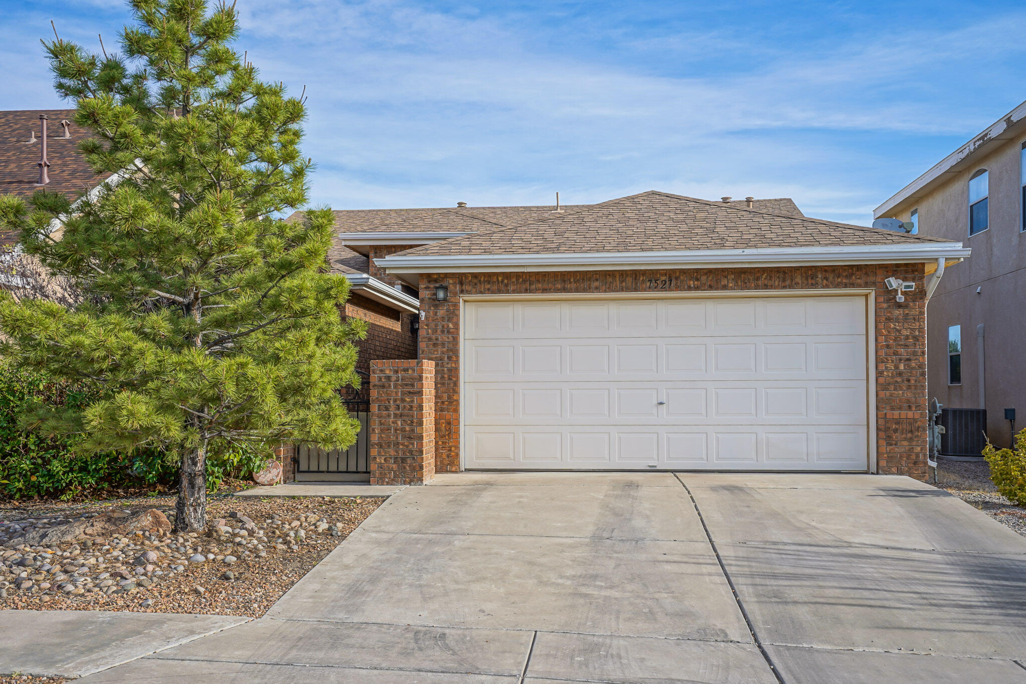 Check out this Well kept single story home located in the highly desirable Ventana Ranch neighborhood! This beautiful home has plenty of curb appeal and is located towards the end of a dead end street!! Walk into this bright open floor plan and enjoy the new paint, and flooring throughout! You will be nice and cozy this winter enjoying the new furnace that was installed in 2020. The master suite offers a full bath and large closet!!! This property will not last long!!! Call your realtor today to set up a private showing!