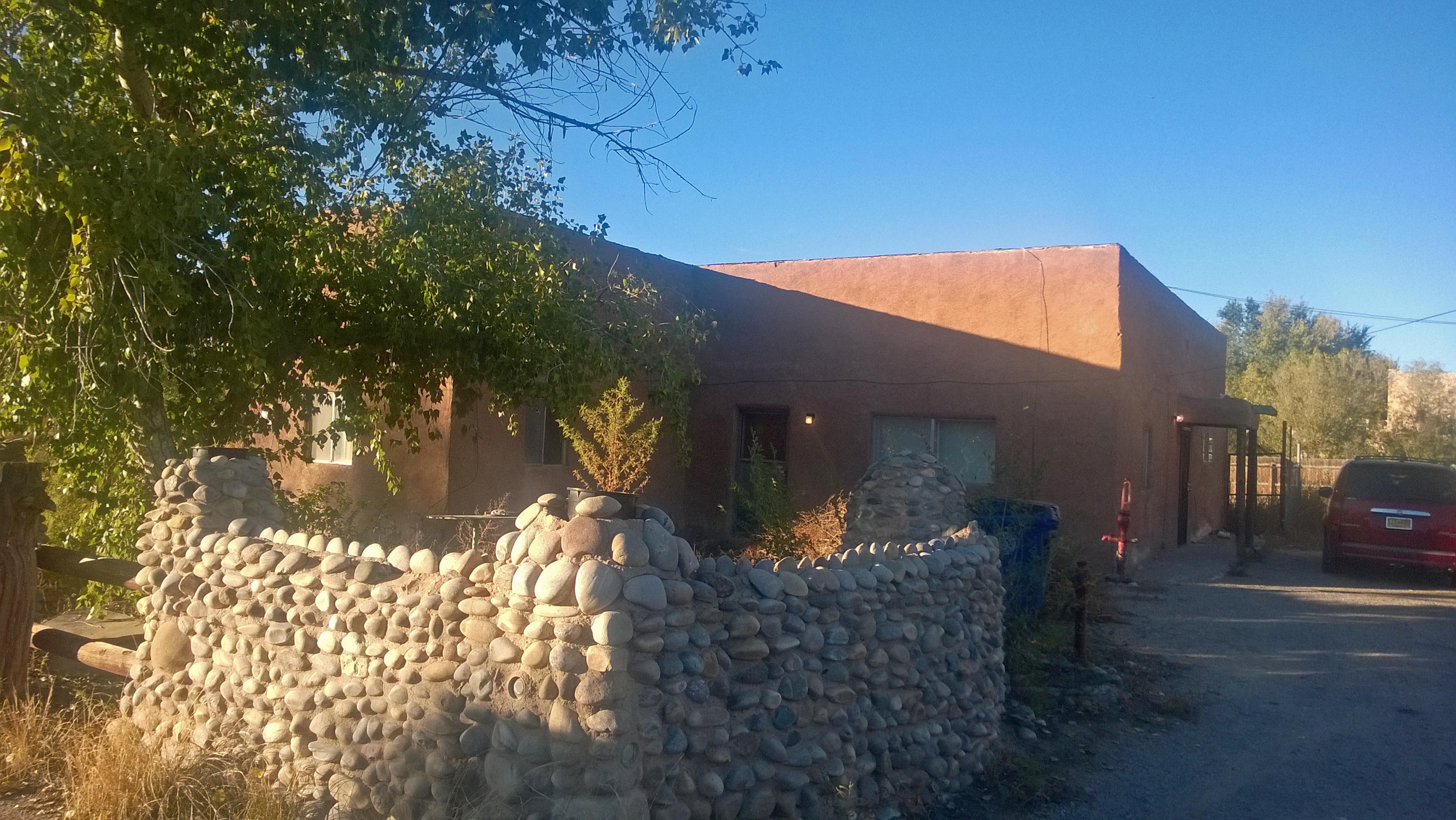Location! Location! Location! Quiet North Valley Street.  Property is Located at the end of a very secluded street.. This property includes two separate lots. One lot has a 1,614 Square Foot Home Second Lot has a 1,680 Square Foot Garage Shop with possible In-Law Quarters. This Property has incredible Potential!!!*** Property/Listing Includes Two Lots. Lot to the West has home.  Lot to the east has shop/garage.  West lot is 0.15 Acre (67 X 97):  East lot is 0.17 Acre (75 X 97:  Total Included Acreage 0.32...***** Title and Survey Defects are present, steps are being taken to address the defects.  Title and Survey Defects may delay a timely closing.  Any sale must be subject to resolving Title and Survey Defects *****