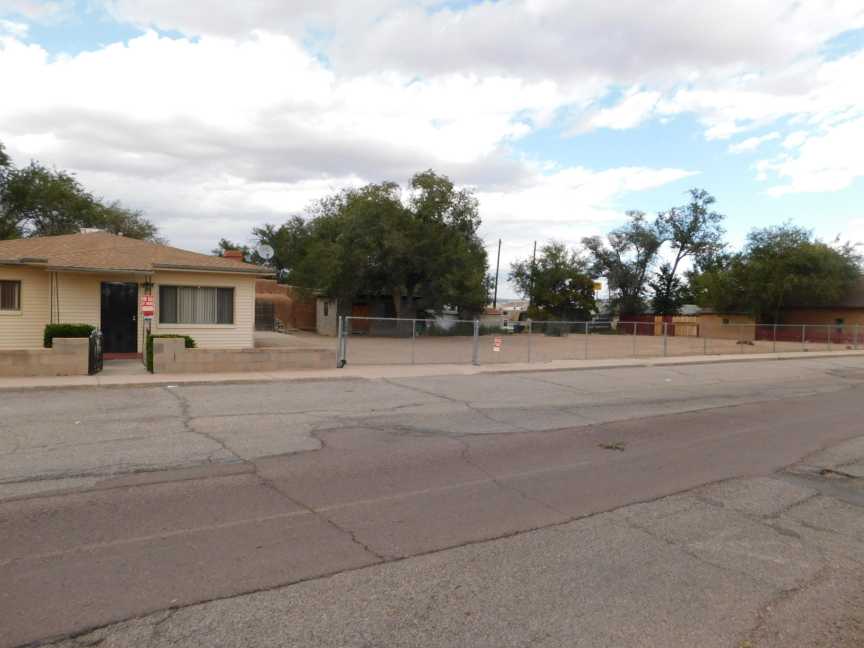Great location close to Socorro's Historic Plaza.  2 bedroom 1 bath on 0.36 AC.  fully fenced lot with city utilities.  The possibilities are endless for this home or business property.  Call for you personal showing today