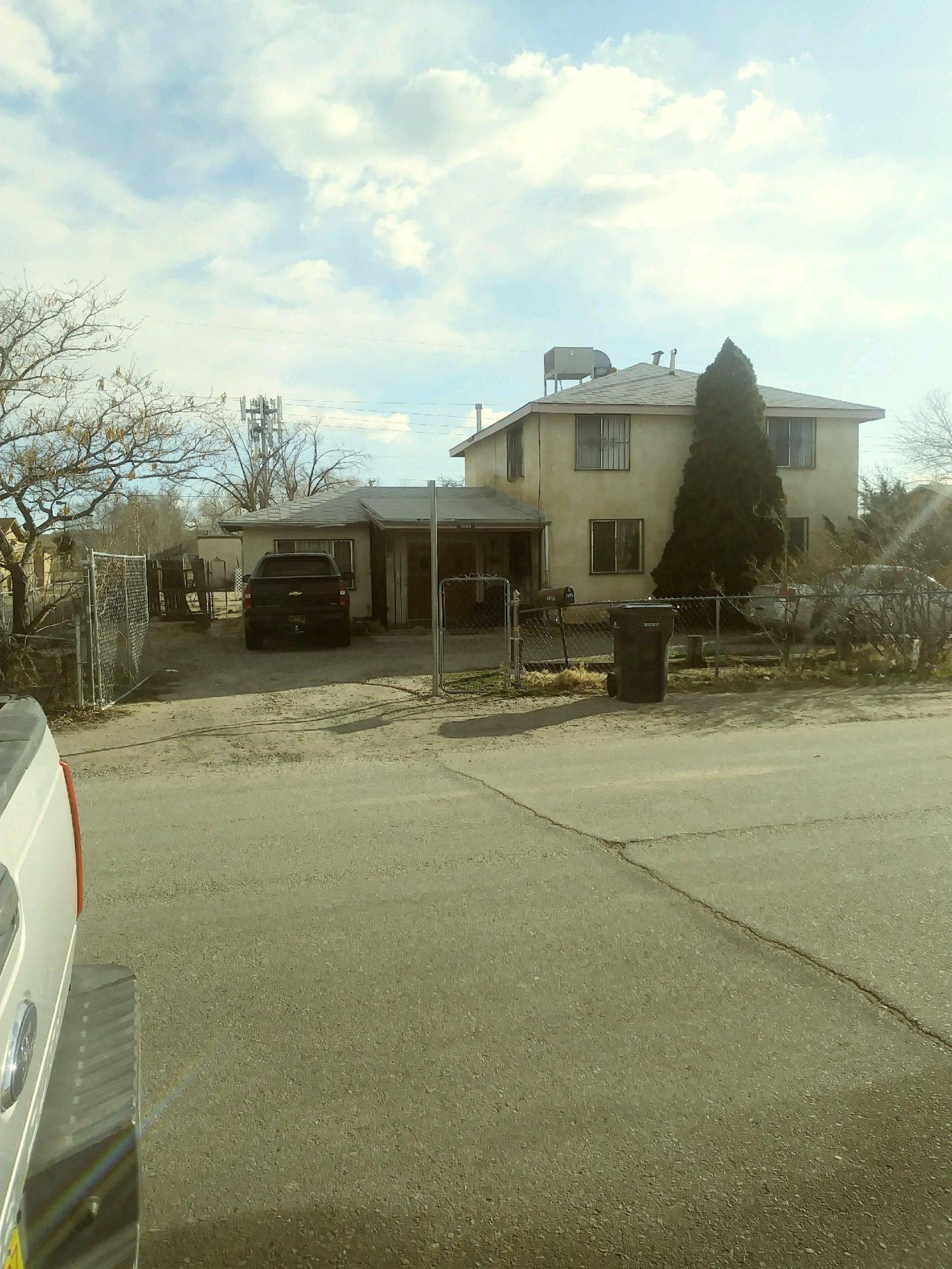 Within walking distance of shoppng center, schllos and park. Well kept interior. Large fenced yard