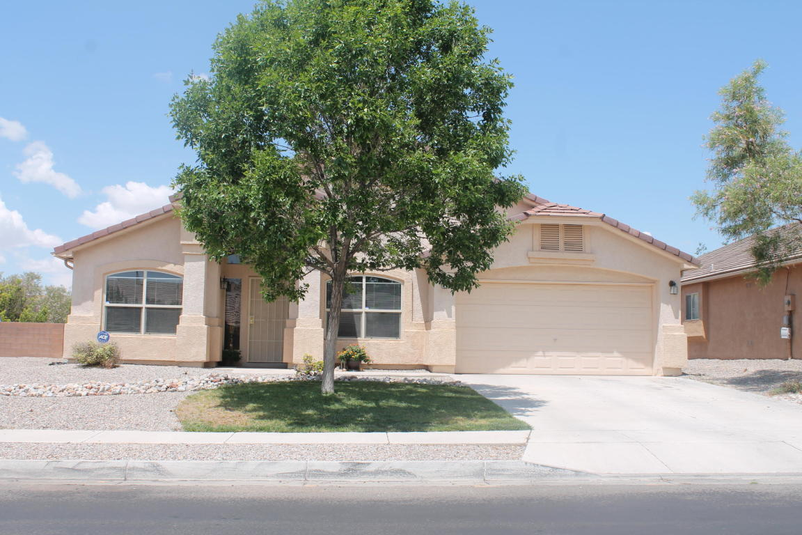 Back on Market deal! Buyer has to relocate, possible REC. All inspections and repairs are only 5 months old. .Great location close to shopping, restaurants, parks and community pool. Home is open and updated large walk in Pantry also has Huge Master bedroom. Must SEE.
