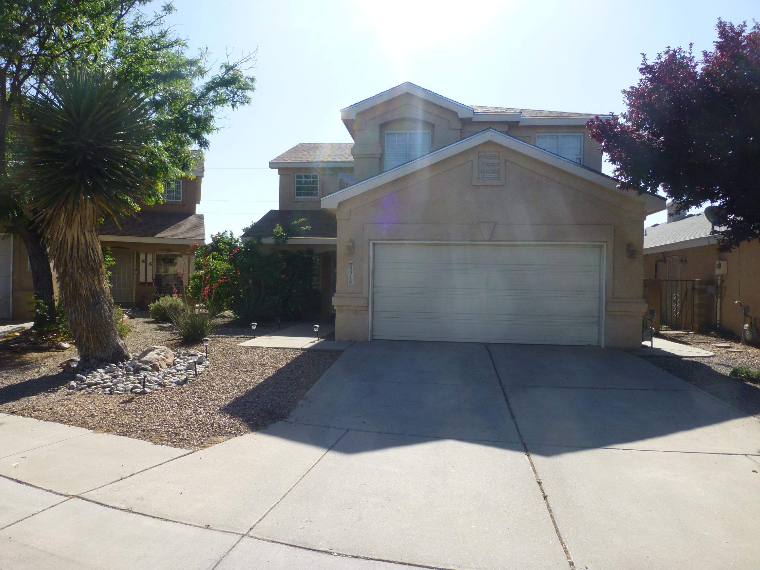 Great home in a great community of Ventana Ranch. Easy access to Paseo Del Norte. Newer roof. Granite counters. Backyard great for entertaining. Nice open concept.