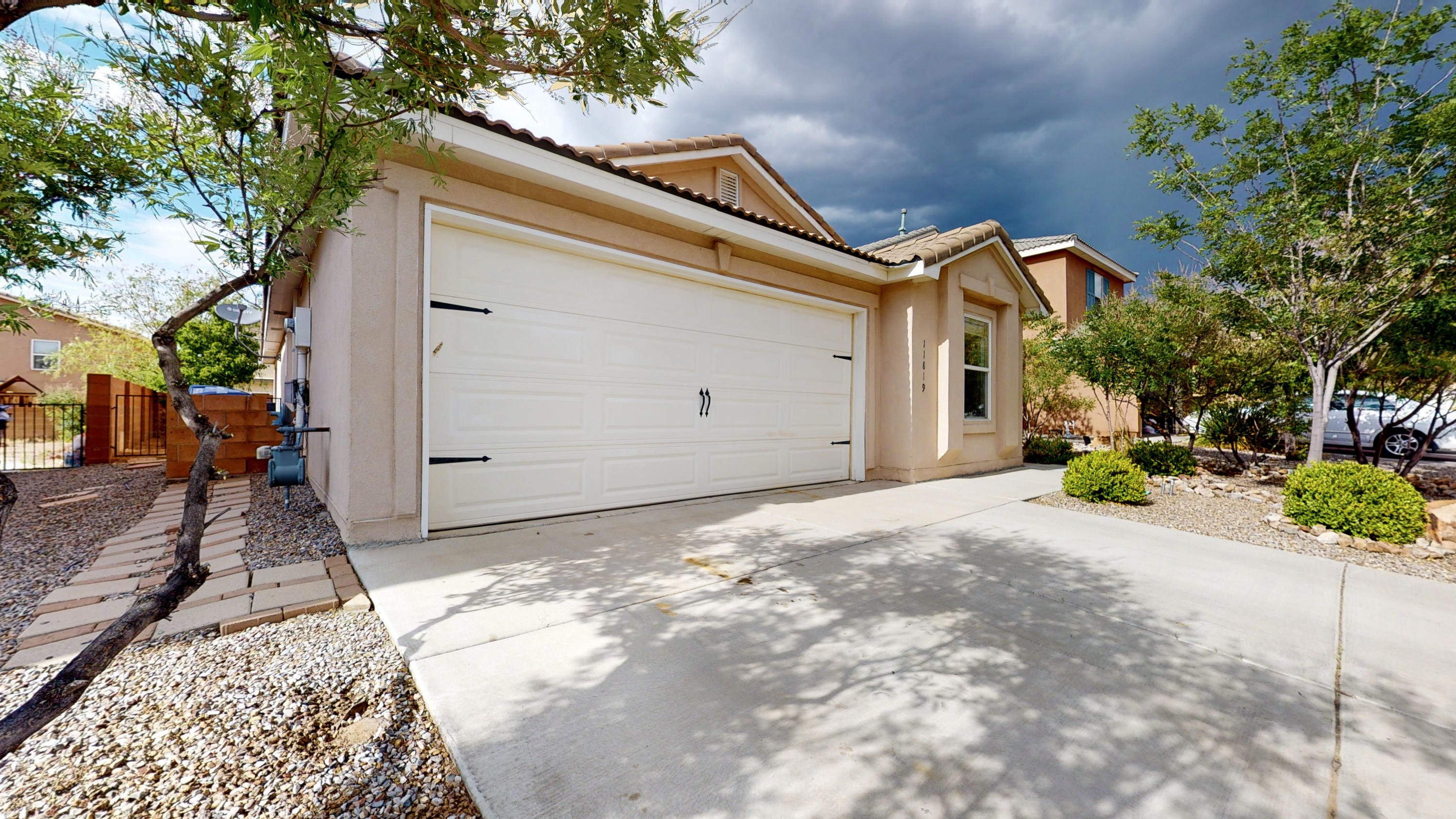 Volterra, NO PID... convenient to KAFB, Sandia National Labs, and I40. Move-in-Ready home with an open floor plan offering 2+ living areas (vaulted ceilings in main living, kitchen and dining area), 3 bedrooms, 2 bathrooms, 2 car garage.