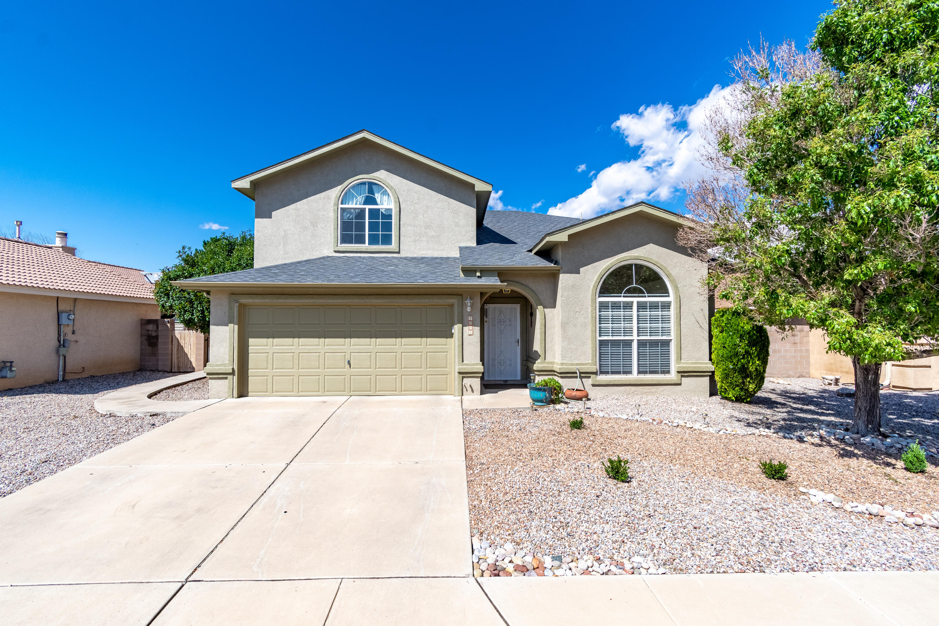 Wonderful Fuller home located on a cul-de-sac in the Ventana Ranch community! Home feature 2,513sf with 5 bedrooms, 3 bathrooms and 2 living areas. Spaciously designed kitchen with ample cabinet space, granite countertops, gas range with double oven, pantry and center island with seating space. Open living area with a cozy fireplace. guest room located on the 1st floor also makes a great office. Master suite with upgraded laminate flooring, a private balcony and owners bath. Bath hosts dual sinks, a relaxing garden tub, walk-in shower and closet! Great backyard space fully walled and landscaped with a covered patio and pergola!