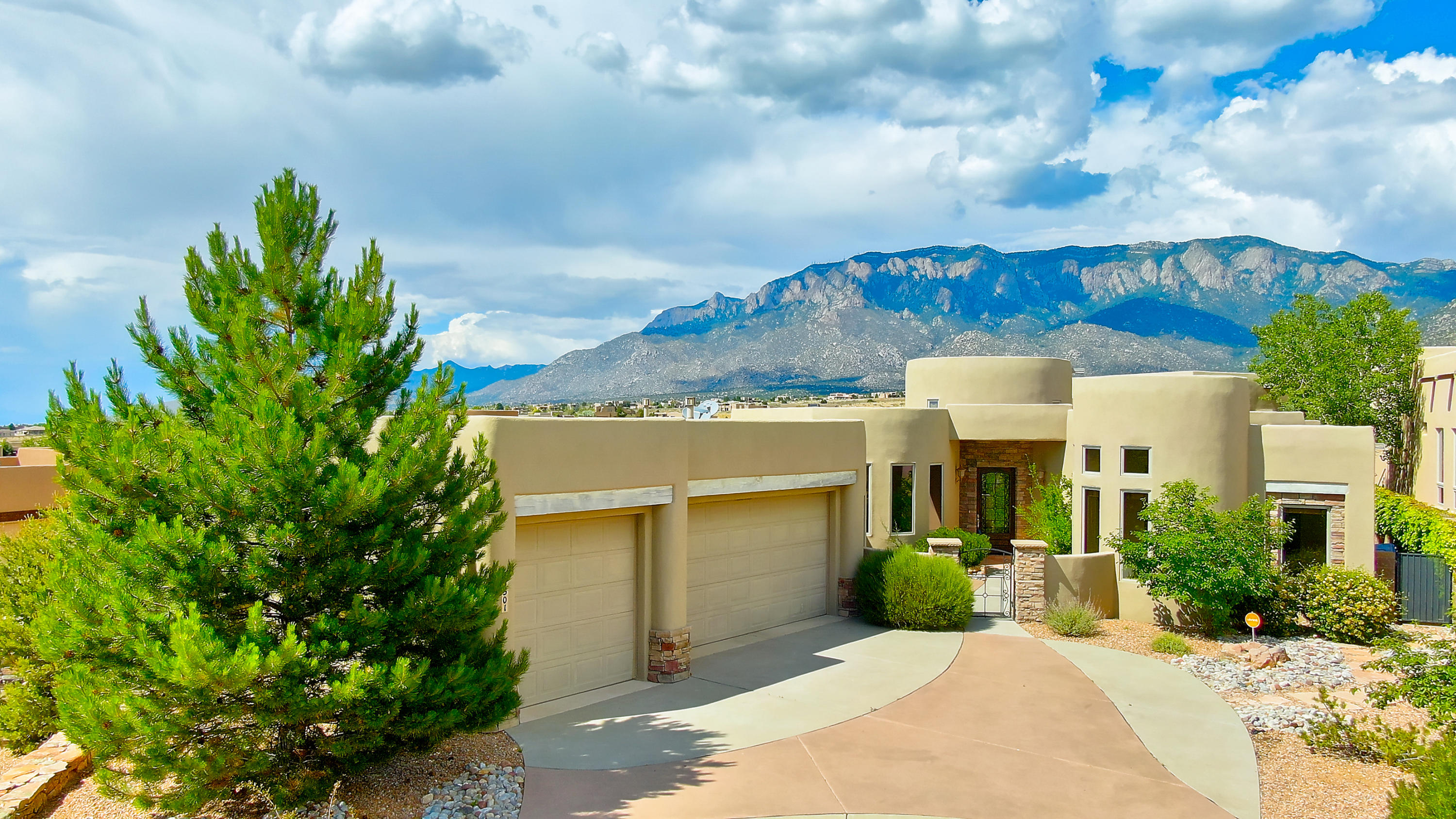 Amazing Sandia Mountain views! This one story custom built Keystone home offers everything you are looking for.  The layout gives you living and dining with Sandia Mountain views and a kitchen you will appreciate for cooking and entertaining. Double ovens, gas range compliment Alder cabinets and granite counters.  4 bedrooms and 3 with attached bathrooms making it great space for extended family or teenagers. The 4th bedroom can also make a fantastic office,  Spacious 3 car garage helps store your toys and gives plenty of parking.  High Desert location, Eldorado school district and unsurpassed mountain and city views!