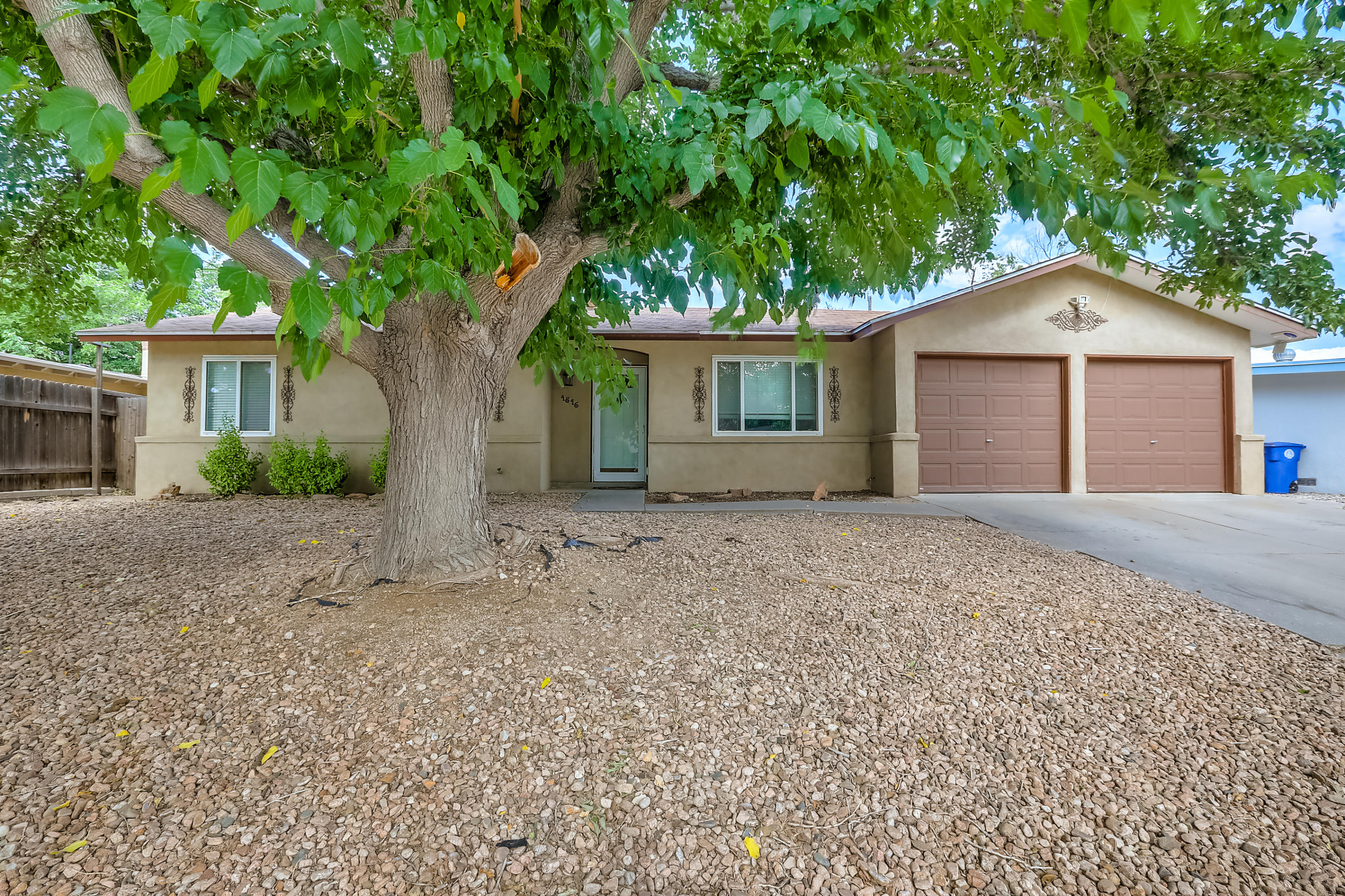 Beautiful, well maintained home with updated Kitchen with Maple Cabinets and stainless steel appliances.Bathrooms have been updated,Great backyard with sprinkler system, pond area.Perfect for entertaining inside and out.You won't be disappointed!