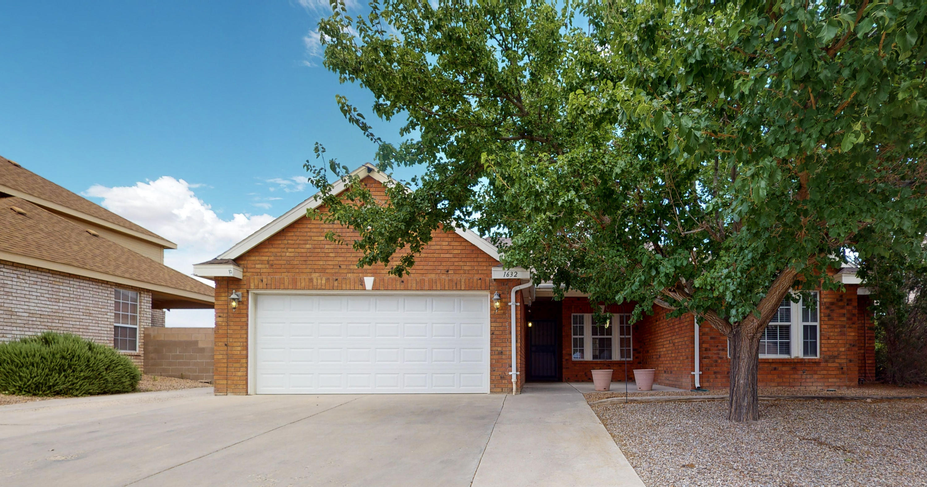 Beautiful brick Sivage Thomas home built in a location that's hard to beat in this premier location of Los Lunas! Walking through the door you will feel the warmth and welcoming open living area and kitchen that will make it easy to envision festivities with family or quiet days of solitude. Inside home provides ideal comfort with a recently installed water heater, cooling and heating system and the backyard gives tremendous openness perfect for any occasion. At this price with this beauty, this home will not last.