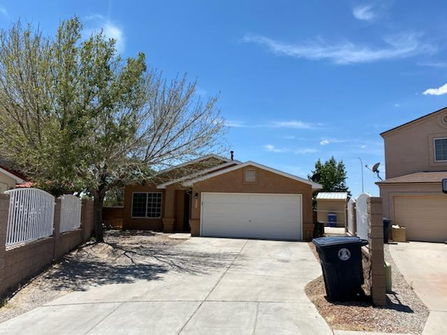 Incredibly redone 3 bedroom 2 bth 2car garage home in the SW heights!  Granite kitchen, new back splash, new flooring throughout, REFRIGERATED AIR, good size pie shaped private lot.  this is a must see, and will sell fast.  hurry hurry!