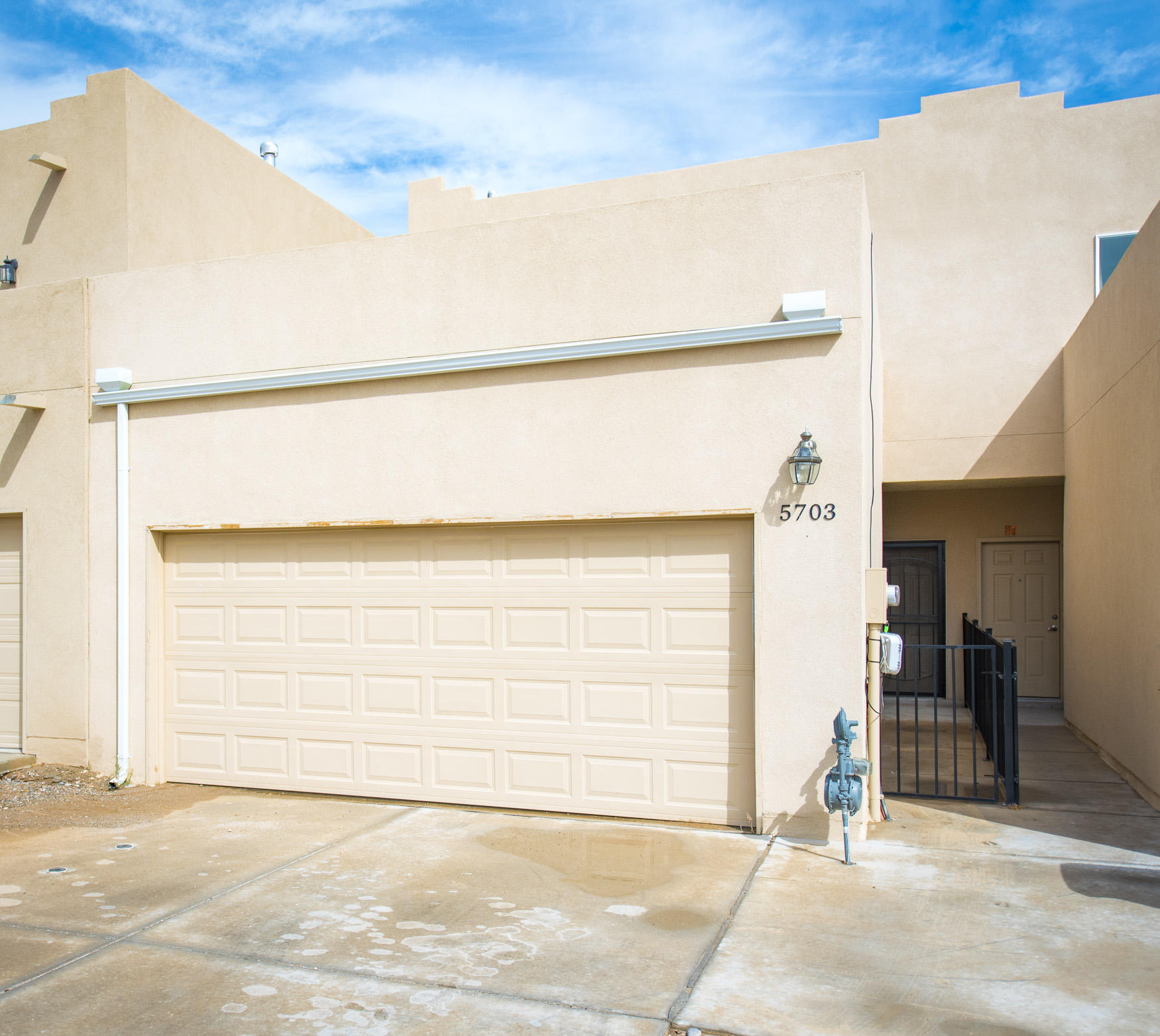 Welcome home! This lovely townhome located in ABQ's Westside is 5 years old with a very accommodating floor plan. Granite counter tops and wood-tile flooring in the downstairs. The home is equipped with refrigerated A/C and a low maintenance backyard. Schedule your appointment to view today!