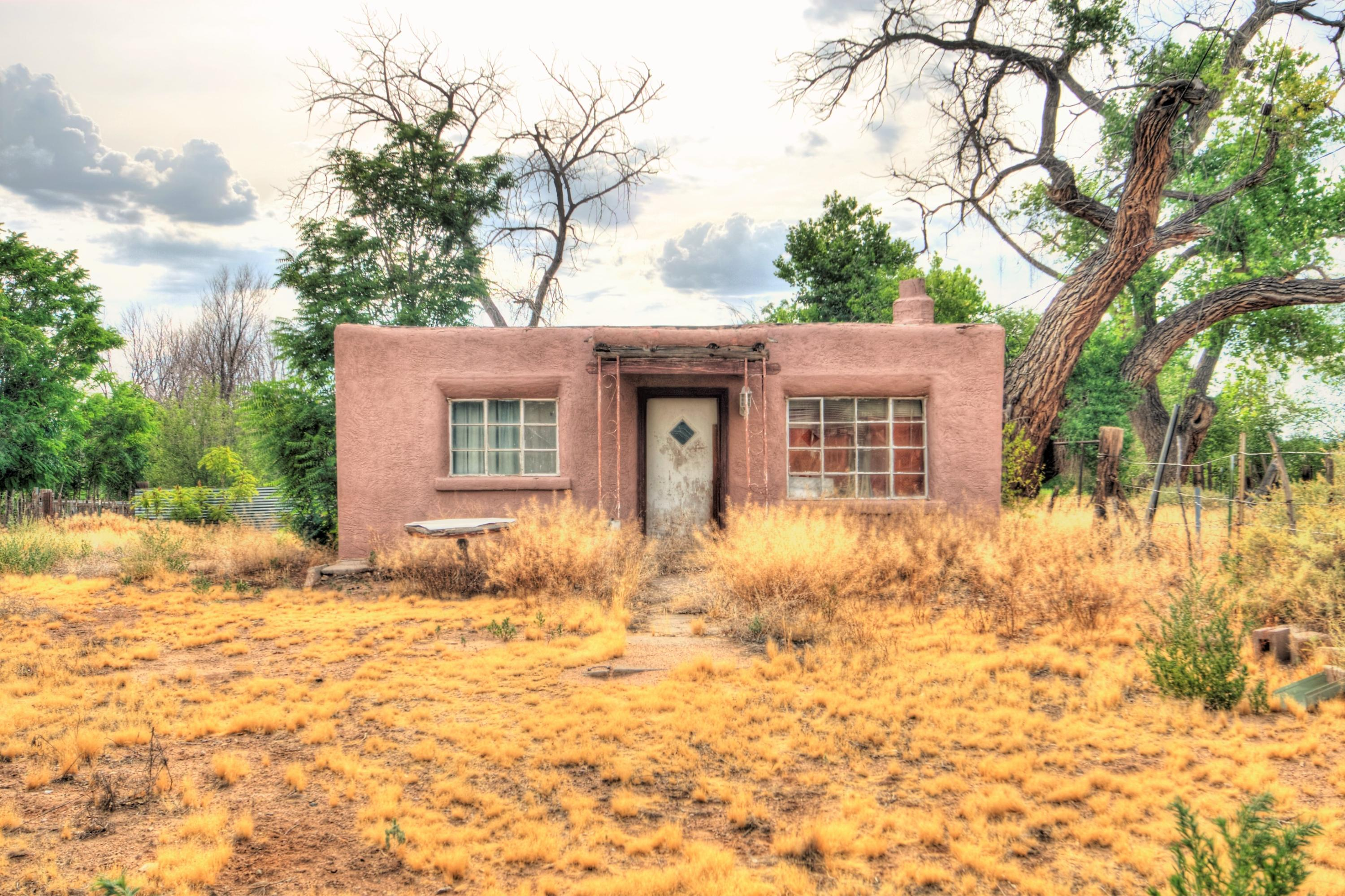 This Charming North Valley Adobe Home tucked away in a Great Location. Huge potential with a Awesome 0.63 Acre Lot! Sold As-Is!!!