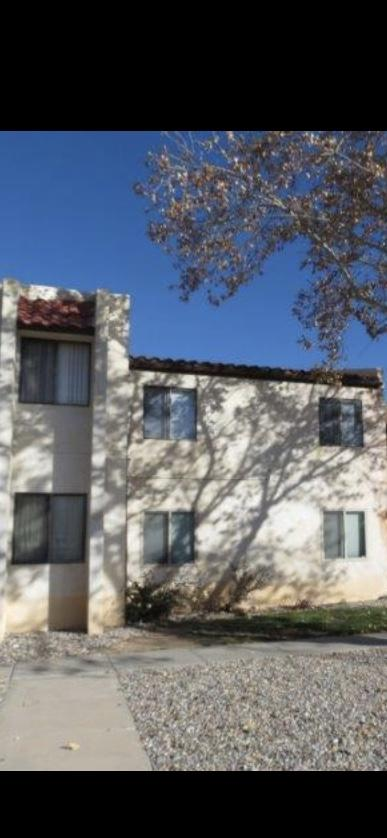 WOW!!! Beautiful CONDO ready for you. This home offers 2 bedrooms and NO CARPET with a relaxing patio Deck. Relax and have dinner on the patio. Stainless steel appliances stay with the home. The home is close to Southern BLVD and 5 minutes away from Cottonwood Mall. The unit has washer/dryer hookup.