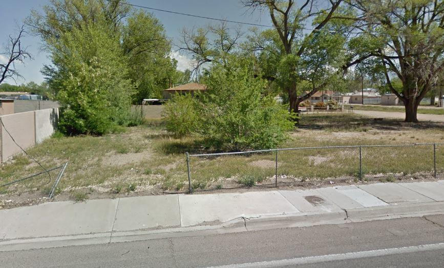 Vacant lot .37 acres! Ready for you and your dream home!  Close to  the ABQ Bio Park, Zoo and dining!