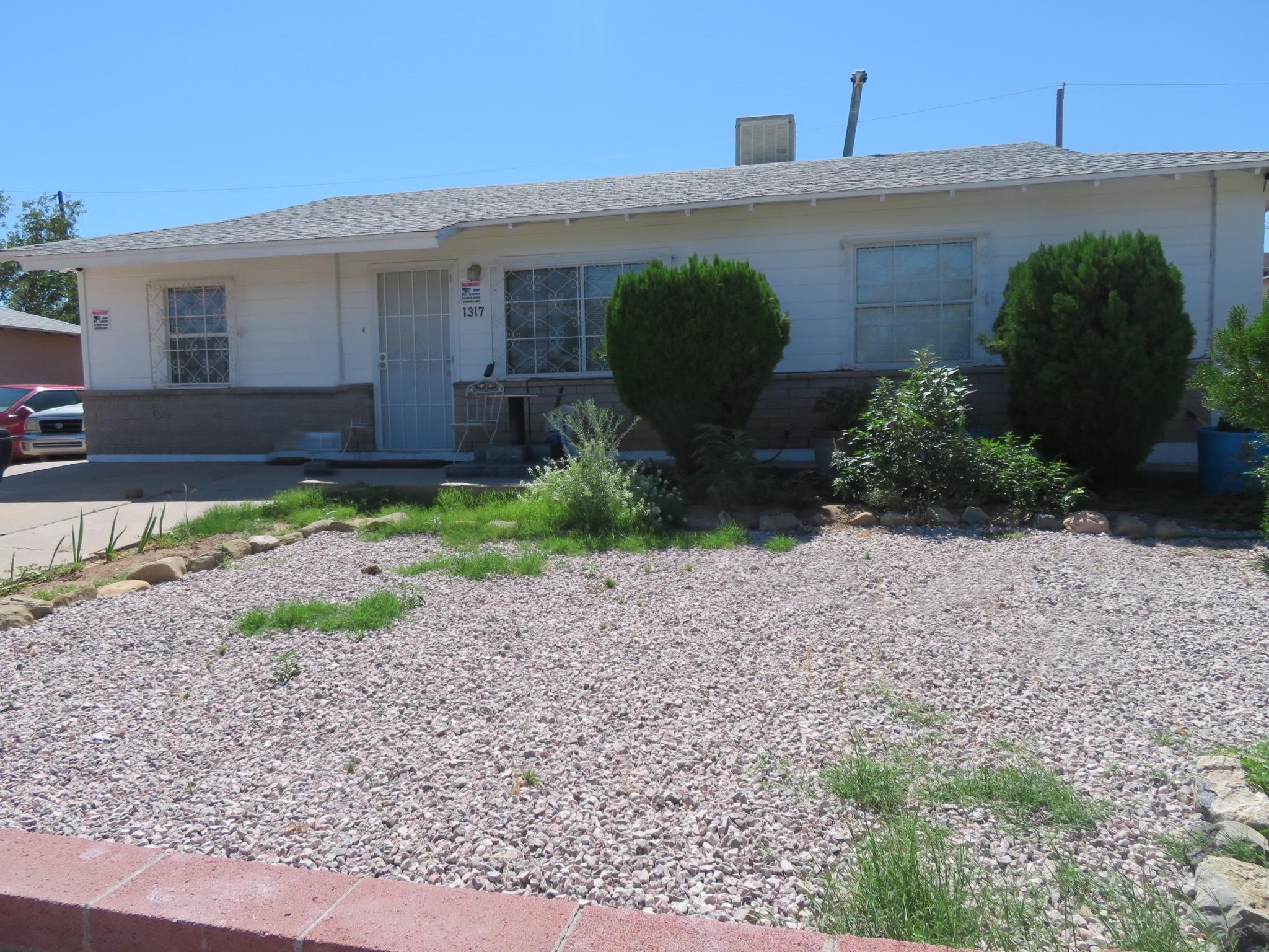 Check out this well maintained single story home with great size rooms and remodeled bathroom.  The home has newer carpet in living room and all bedrooms, Kitchen has new wood laminate floors and spacious cabinets . Furnace replaced 3 years ago,  Good size backyard with a storage unit.  This home could easily have full backyard access if needed to park an RV. Come see today!!