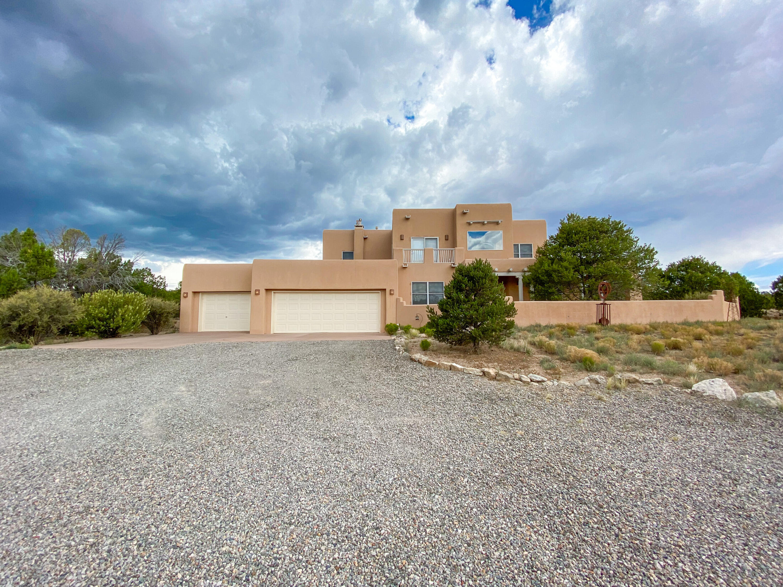 Welcome to this beautiful retreat in San Pedro Creek Estates! Enjoy 13 acres of room to roam while also being close to the village of Cedar Crest, with great restaurants & shopping, down the hill from Sandia Peak Ski Area and around the corner from Paako Golf Course. Only 1 hour to downtown Santa Fe and half an hour to Albuquerque Metro. You will not find another home with this much acreage, in this great of condition for this price!! Inspections completed, priced to sell fast and move in ready.