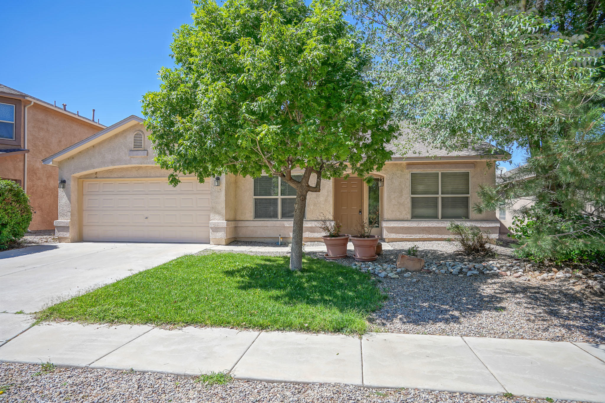 Welcome to this beautiful single story home in Ventana Ranch West. FRESHLY PAINTED & NEW CARPET was installed. 2 living areas, 3 bedrooms & an spacious office. Kitchen is open to the family room which has built in shelving & a gas log fireplace. The kitchen has lots of counter space & maple cabinetry, island with bar, recessed lighting, self cleaning oven, built in microwave, refrigerator & breakfast nook.  A spacious owner suite has a double door entry, walk in closet, bath with glass block accents, separate shower & garden tub. Refrigerated air, vaulted ceilings, arched doorways, plant ledges & ceiling fans throughout. Double sinks in the hall bath. Washer & dryer  convey. Relax at the end of the day on your private back covered patio & low maintenance backyard..