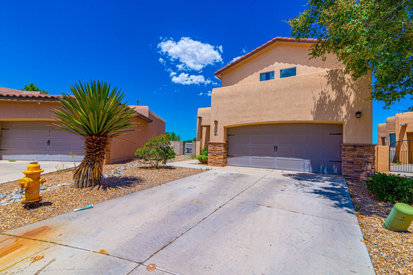 Great  Los Lunas location in beautiful Coronado Estates.  Tuscan-style home with refrigerated air, ceramic tile, central vac system, 9 ft ceilings, walk-in closets, Kiva fireplace and beautiful fixtures.  Enjoy the outdoors on the covered patio in the walled backyard or enjoy the fresh air outside on the balcony. Dogs will love the 16x32 dog run. Easy commute to Albuquerque on nearby Railrunner or easy access to I-25.  Close to all City conveniences.