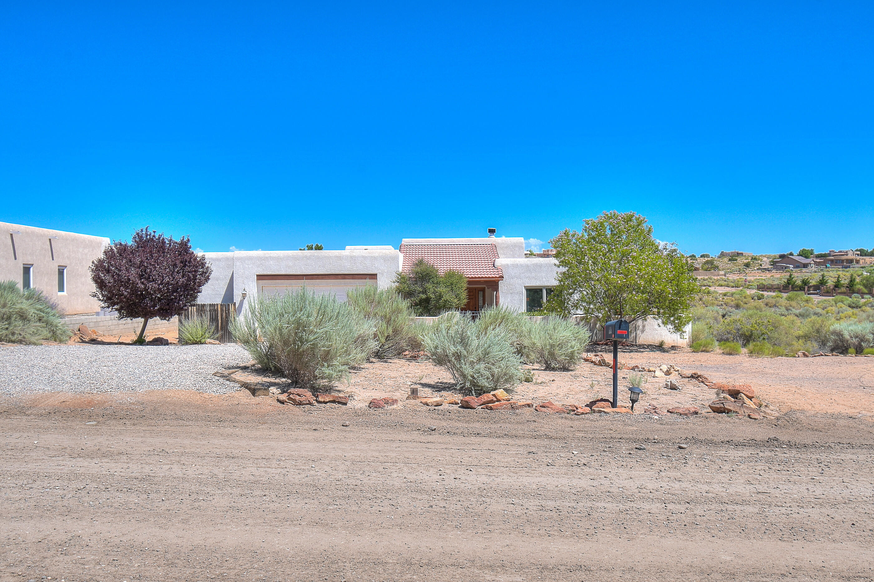 Stellar Quality & Craftsmanship in This Gorgeous Custom Home Located on a 1/2 Acre Lot w/Stunning Mtn Views! Many Fine Amenities Including 3BR+Flex Room, 3BA, HW Floors & Carpet,Great Room, Formal Dining, Gas Log Fireplace, Recessed Lighting & Designer Touches Throughout, Cool Refrigerated Air,Laundry Room W/Desk, And Much More! Chef's Delight Kitchen w/Breakfast Bar, Granite Counters, Tile Backsplash, Stainless Steel Appliances,Gas Range Stove, Wine Rack, and Pantry. Fabulous Master Suite Boasts A Luxurious Bathroom, Huge Walk In Closet, Tiled Shower And His & Hers Vanities. Two Spacious Rooms & Full Bath To Follow! Beautiful Courtyard W/ Xeriscaped Landscaping in Front & Two Covered Patios In Back Add To The Magnificence of This Spectacular Home. Come See It Today!