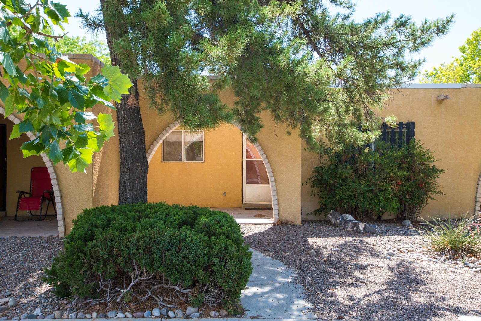 Investor alert!  Cash buyers encouraged! This is a wonderful 55+ community where HOA maintains the pool, community center, workout room, water, trash, common areas and all the fun! 2BR 2 Full Bath townhome in one of the most convenient areas to Rio Rancho. Settle into the park like landscaping and Mountain View's!  One occupant/buyer must be 55 or older. Property to convey in as is condition.
