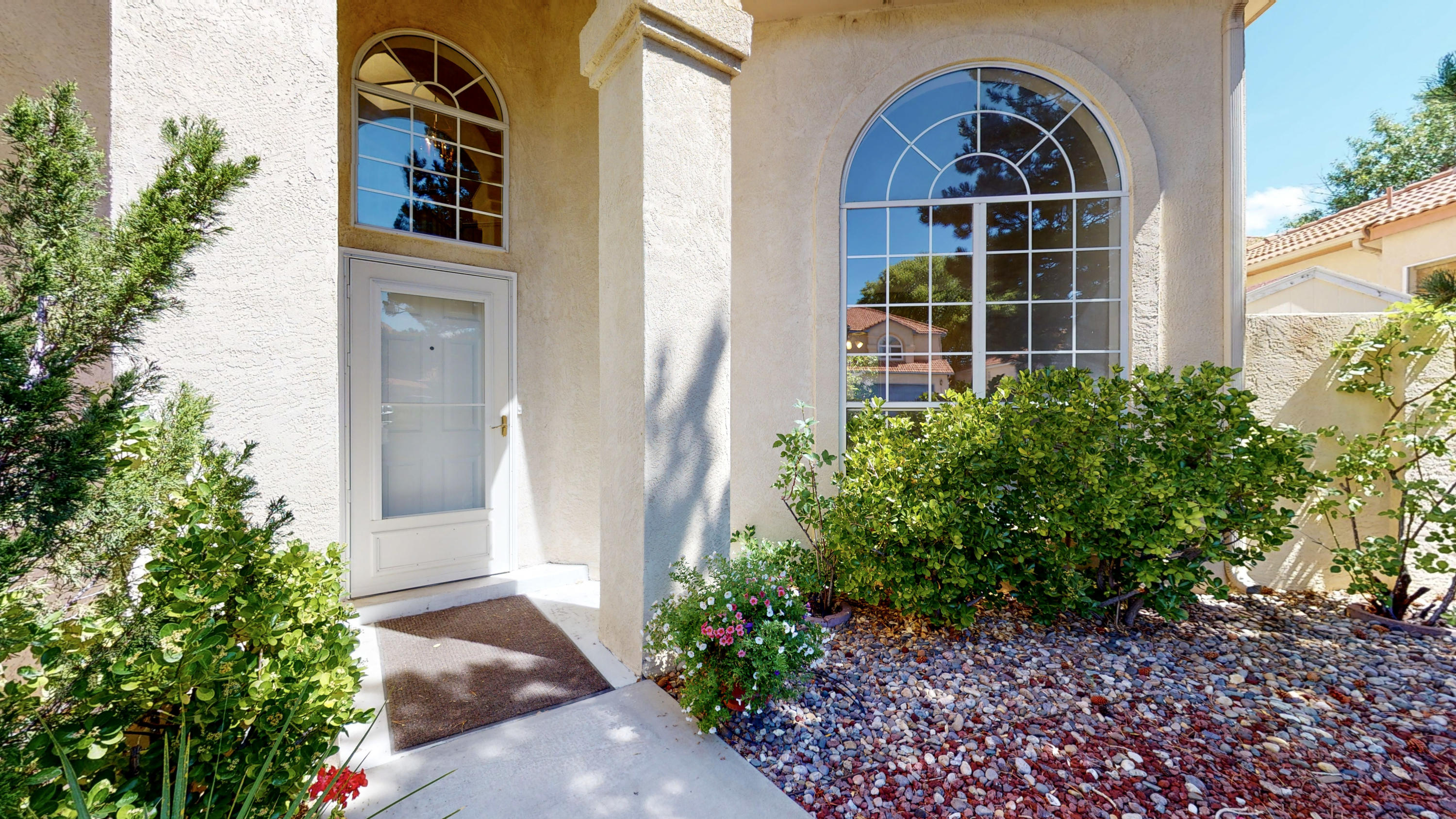 Come check out this spacious sunlit home in the Antelope Run Subdivision!! Wonderful Northeast Heights location, minutes to Tramway or Tanoan. Near grocery  shopping and other amenities . Almost 2800 SF (2792)  efficient floor plan (floor plan attached).  4 bedroom 2.5 bath, with an office downstairs, that could double as a bedroom.  2 refrigerated air units to keep you cool this summer! Make an appointment to see 11901 Ibex today. Homebound? Please see the attached virtual tour to preview!