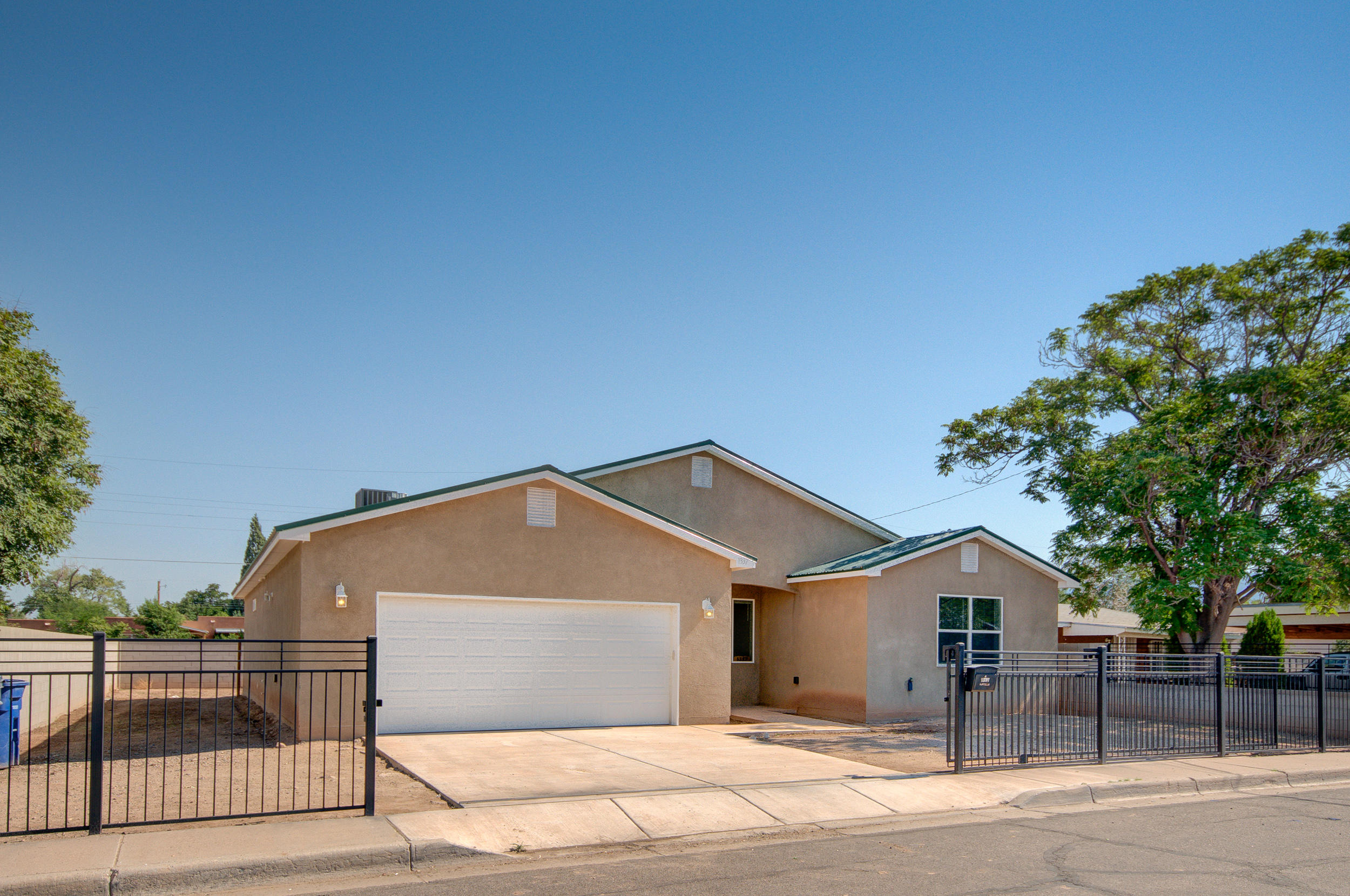 Welcome to the North Valley. This 4 year old home was build in 2016. 3 Bedrooms, 2 Baths and a 2 Car Garage located on a quiet cut-de-sac location. The entire property is fenced/gated for security, possible backyard access. Large open greatroom, formal dining area, kitchen island, stainless steel appliances. The master bedroom is HUGE, double sinks, large walk-in closets. You have a blank slate for your landscaping ideas. This home is GREAT!