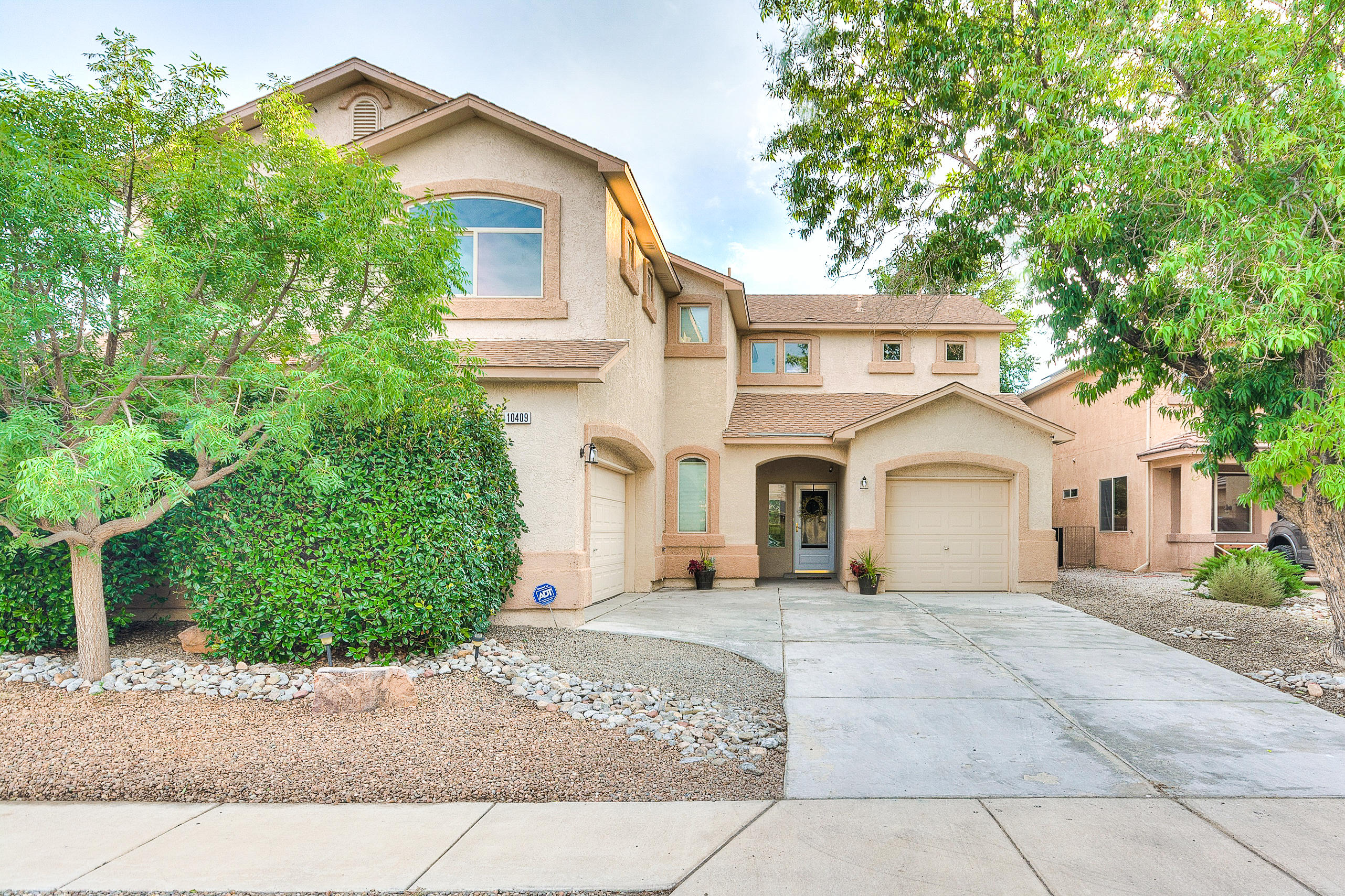This spacious beautiful home is in the master-planned community of Ventana West.  It has been recently upgraded with new flooring, room turned into office, kitchen backsplash and hardware, and master bath flooring and hardware.  Beautiful foyer with tall ceilings welcomes you into a formal dining/living and office.  The kitchen has stainless steel appliances, island, bar seating, and opens to the family room with a cozy fireplace, and built-in shelves.  All bedrooms are upstairs with a large loft and balcony.  HUGE master suite with vaulted ceilings, fireplace,  jetted tub and shower, and his and hers walk-in closets.  The home has refrigerated air and 3 car garage!  The backyard has a covered patio, extended flagstone patio, mature trees and raised beds.  Park and walking trails nearby!