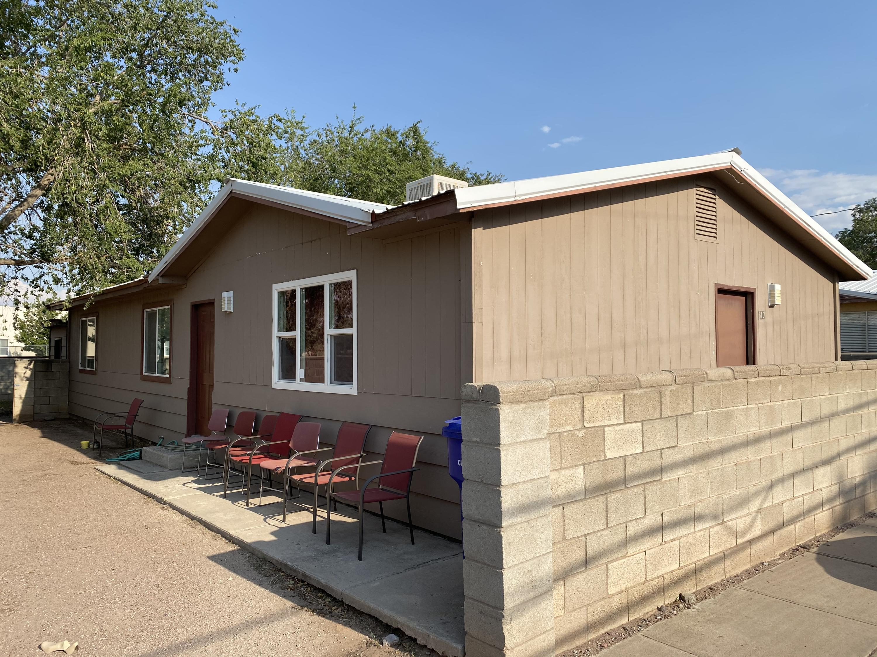 Great starter home or investment property,