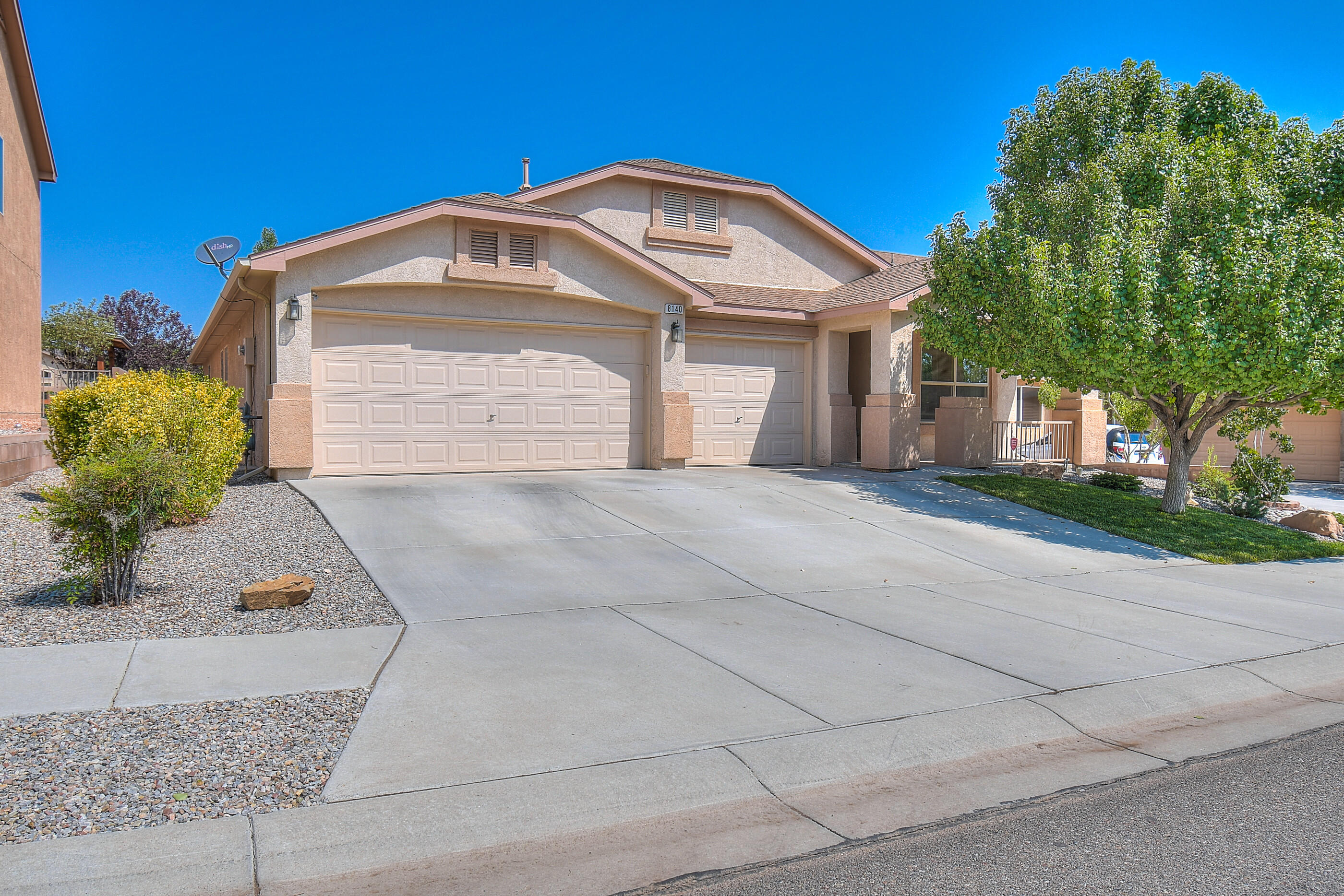 Welcome to this stunning home in Ventana Ranch! This home features 2,141 sq. ft, 3 bed/2bath, 2 Living rooms, & a 3-car garage! This well maintained home features tile and beautiful wood flooring throughout most of the home. The kitchen is a Chef's dream with a center island, solid surface countertops and backsplash, stainless steel appliances w/built-in oven & gas cooktop! The Pantry is oversized to fit all your extra kitchen gadgets!  The master suite has vaulted ceilings & lots of natural light. The master bath features a Jacuzzi tub, separate shower, double sinks & a walk-in closet. The Great Room features a gas fireplace and opens up to a backyard oasis with a covered patio, BBQ gas hookup, perfectly manicured landscaping, and lots of mature trees offering privacy and a storage unit.