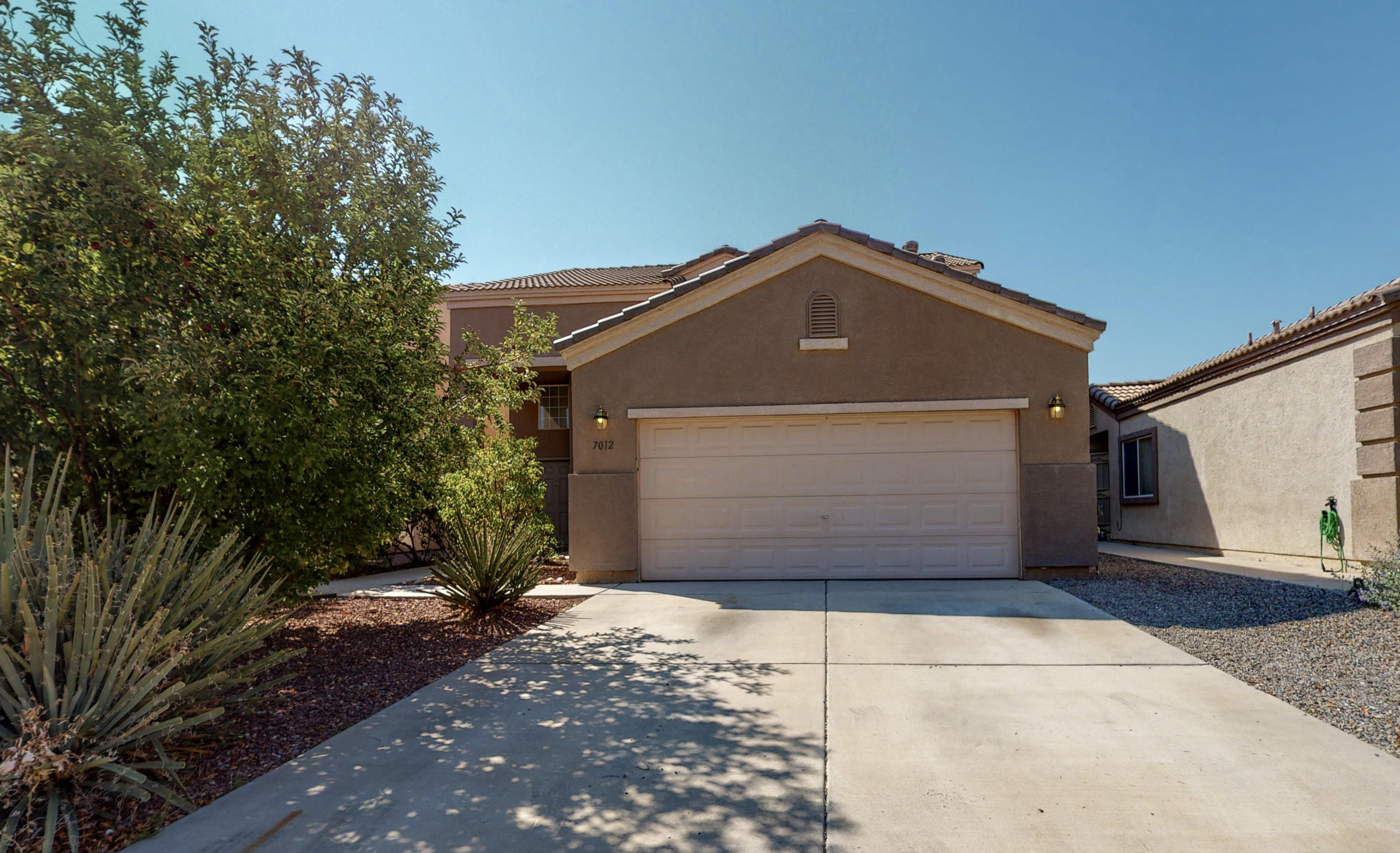 Spacious 4 Bedroom in Ventana West just became available! This home has brand new carpet and vinyl, fresh paint throughout, 4 bedrooms with 1 downstairs, a 3/4 bath downstairs, open concept floor plan, laundry upstairs, and a large yard! Conveniently located to Paseo Del Norte for easy commute.