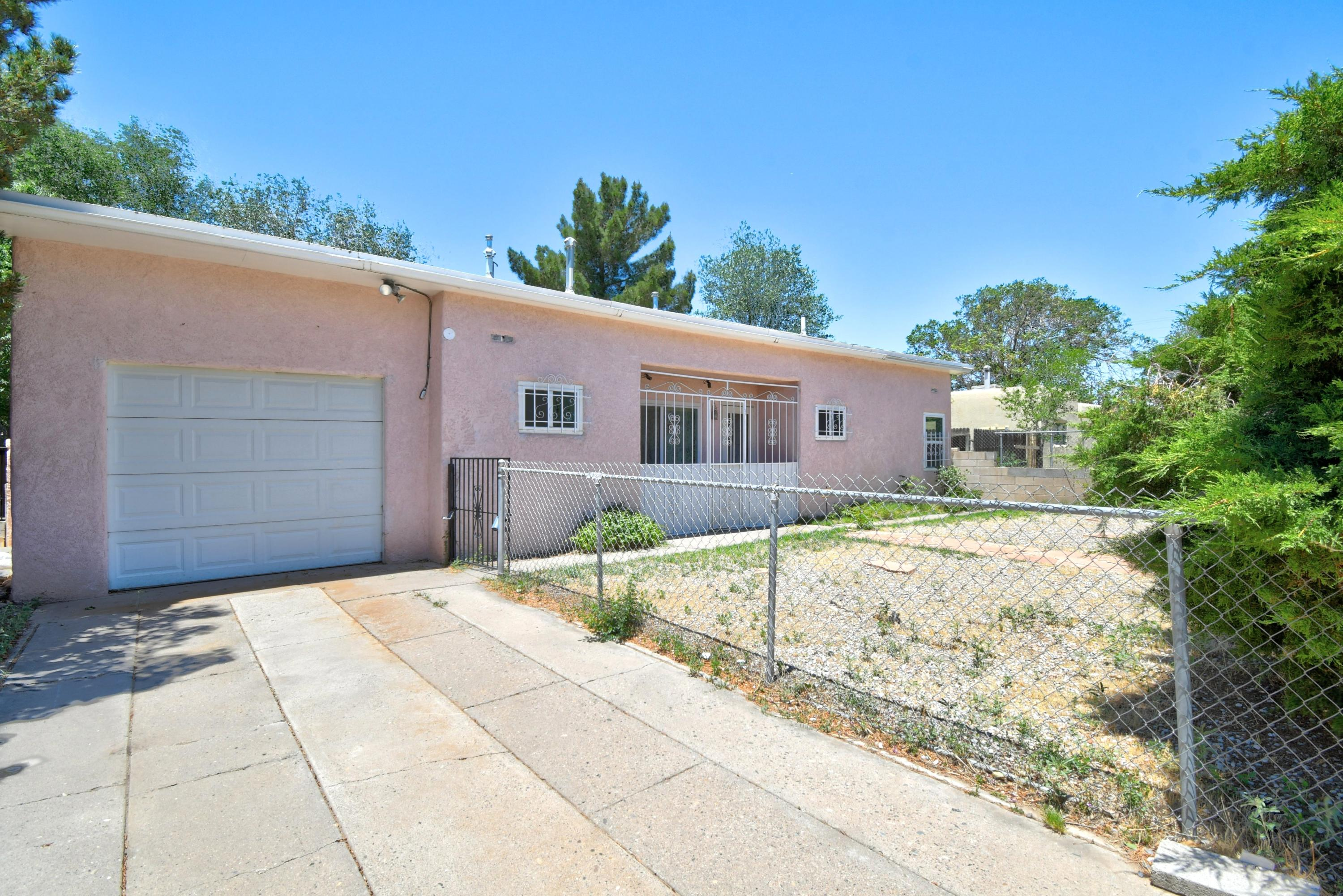 Here is your chance to own in the beautiful Bel Air Subdivision, an established, mature neighborhood. Situated on a large lot this home offers 3 bdrms, two living areas, and tons of potential.  Come see this one today and let your imagination go to work.