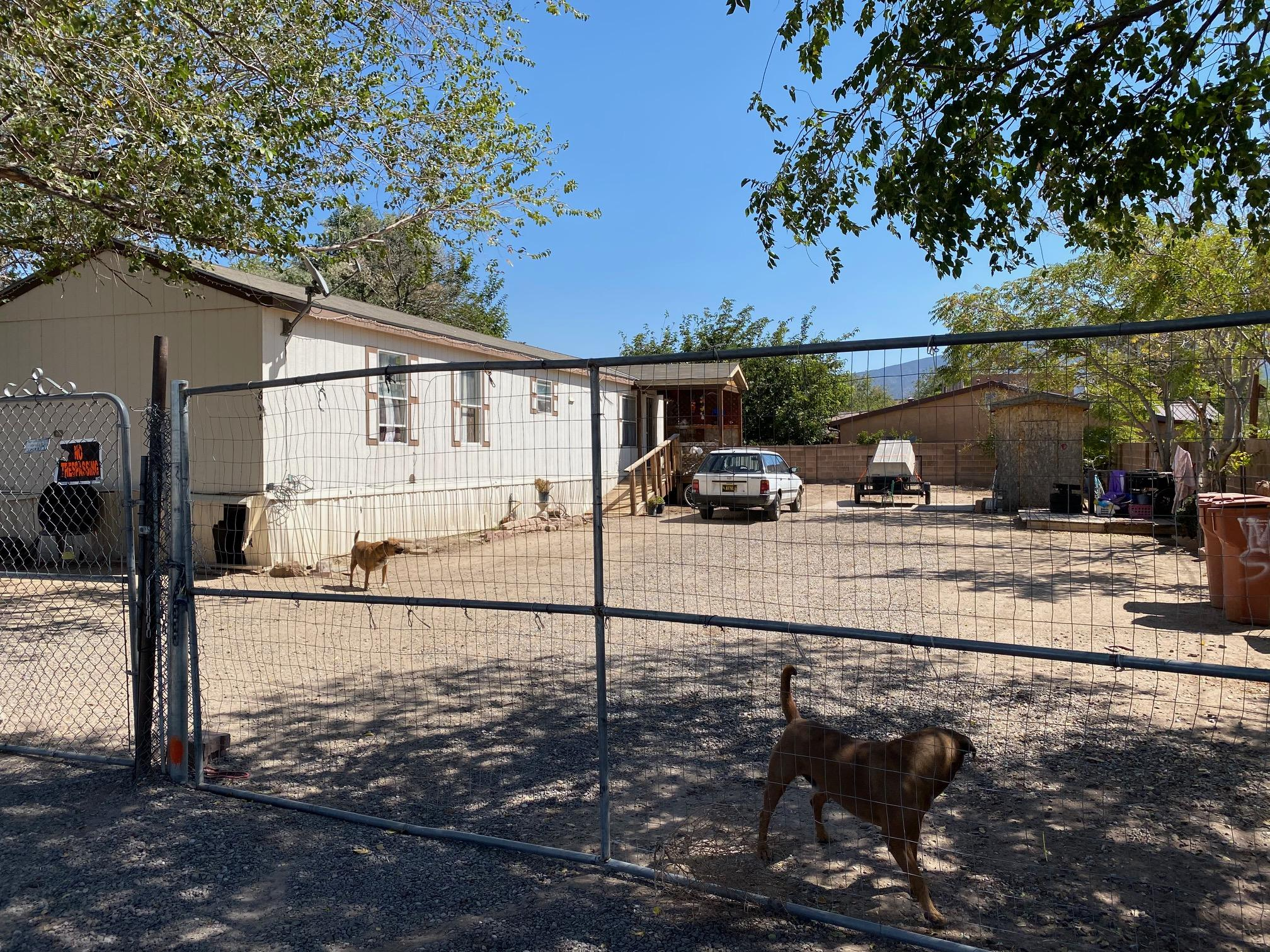 Make an appointment with your REALTOR to view this great opportunity in Bernalillo. This single wide mobile home offers 3 bed 2 bath on a large fenced lot. Open floor plan, large owners suite, separate from the other two bedrooms and the  bathroom has a large garden tub. Lot is perfect for all your recreational toys, garden and/or pets.