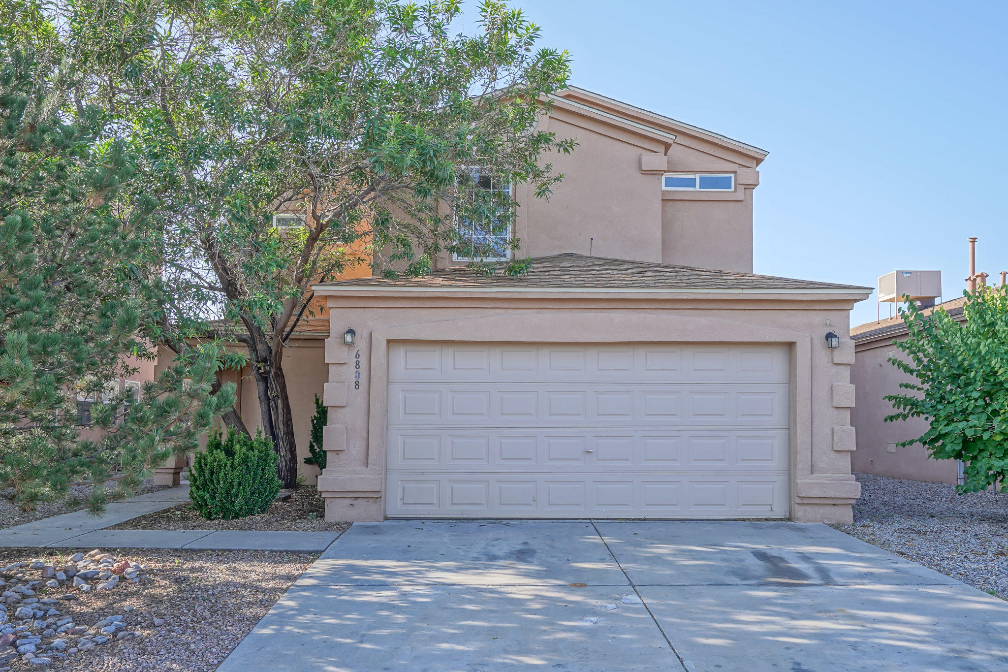 Priced to sell! Come check out this great 2 story home located in NW Albuquerque. Walk in and enjoy the bright open floor plan! Step outside to a big backyard that is completely walled in for your privacy. Upstairs you have 3 bedrooms, a small loft and 2 full bathrooms! Call today for your own private showing, this deal will not last long!!!