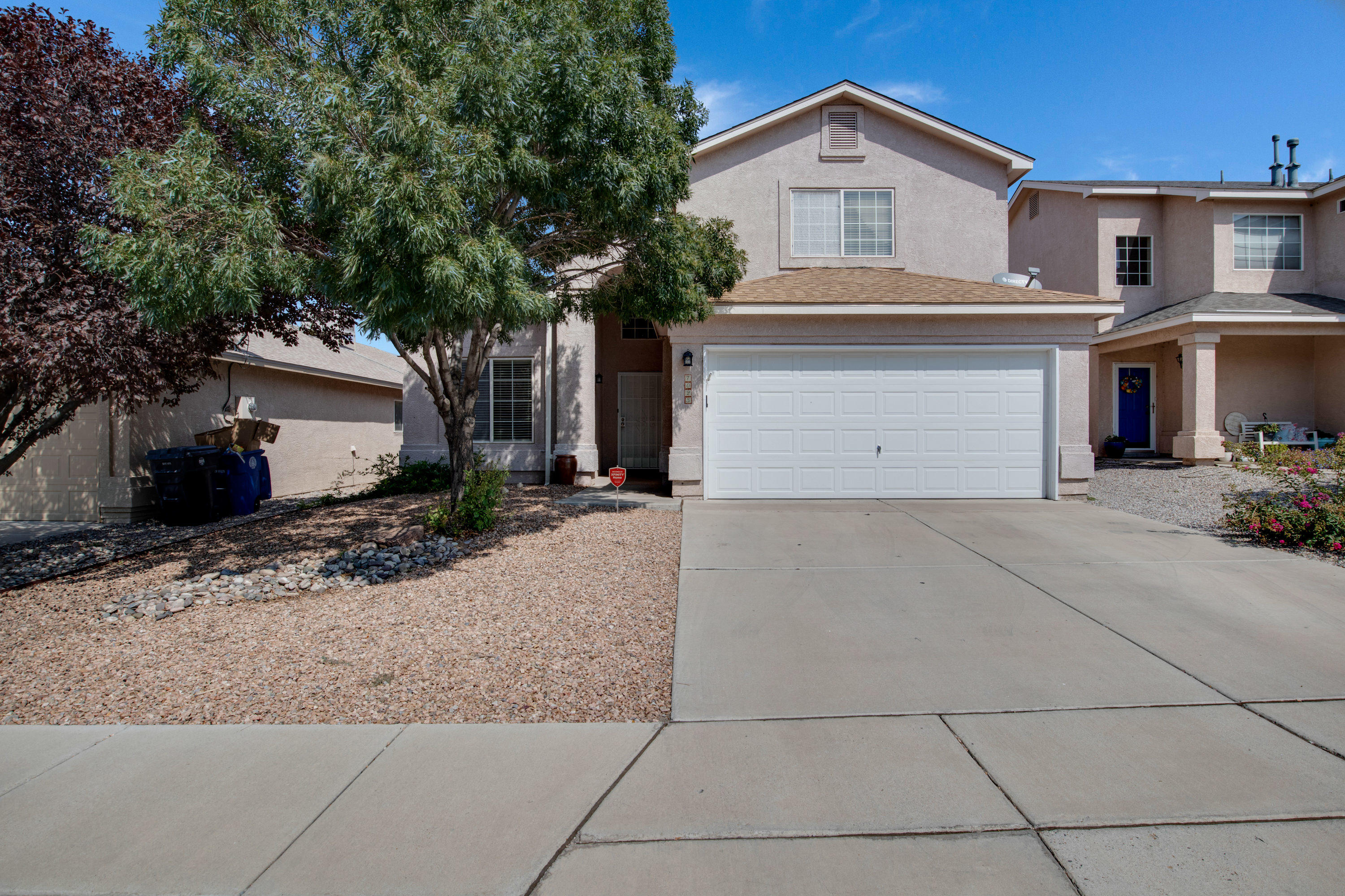 Fantastic home with many updates in La Cueva School District. Current owner has installed new roof, furnace, refrigerated air, kitchen appliances, new ceramic tile flooring, light fixtures, granite countertops and more!! Downstairs master bedroom with jetted tub. The upstairs loft area makes a wonderful family gathering area. Great location to shopping and amenities.