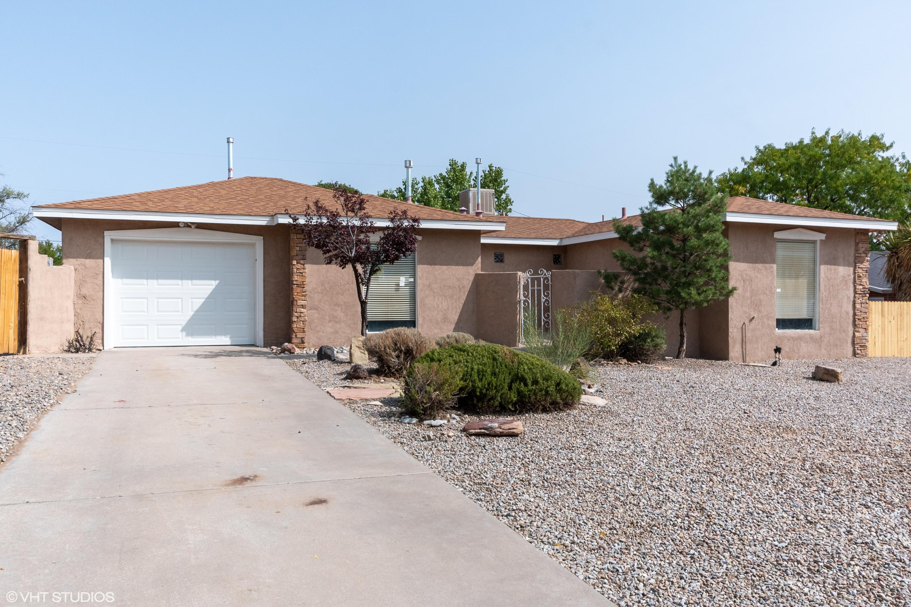 Move in ready home in Rio Rancho. Home features three bedrooms and two baths. Fresh pain throughout, new flooring. Kitchen offers a beautiful layout with plenty of cabinet space and new stainless steel appliances. Great location, near schools and shopping. Possible backyard access.